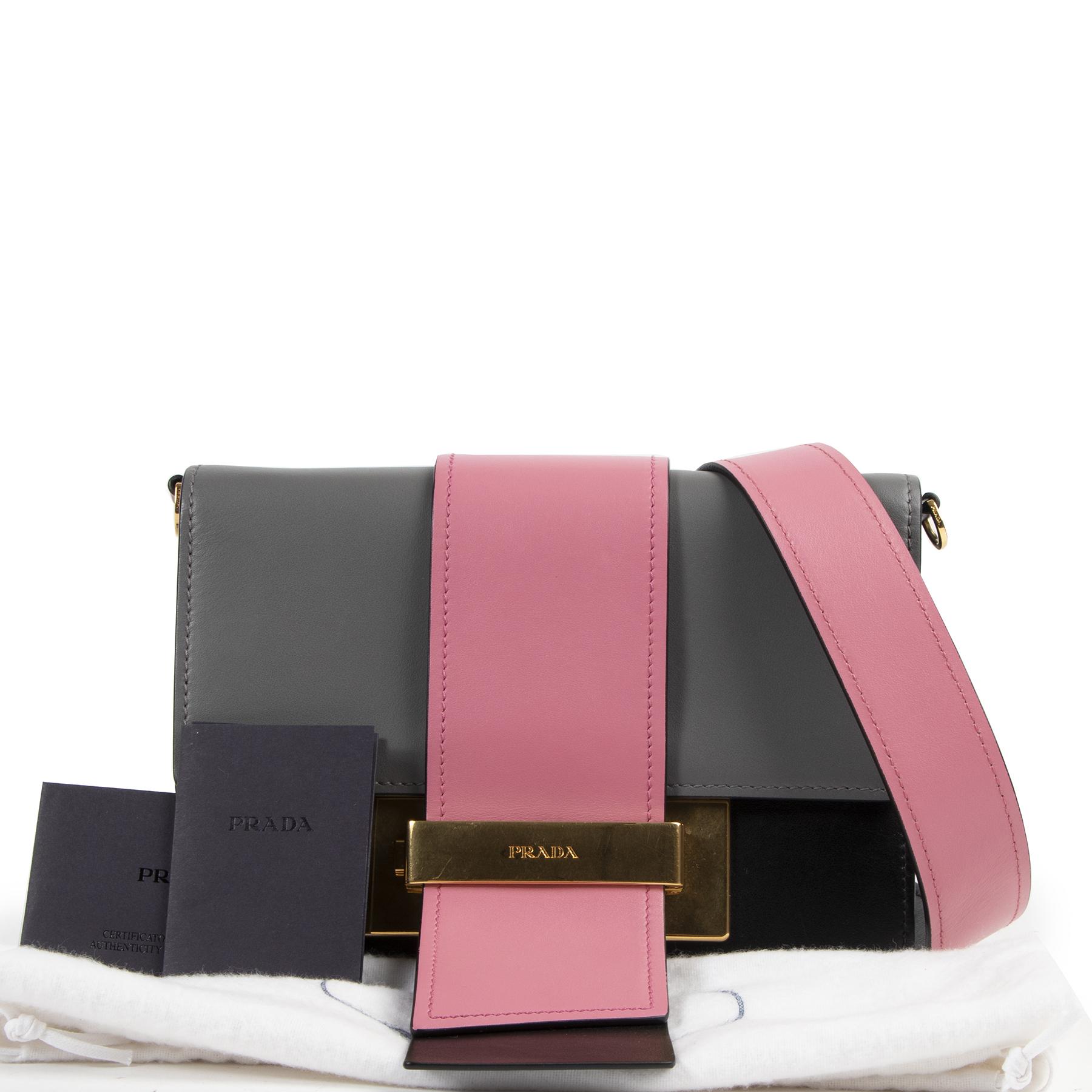 Prada Multicolor Leather Pattina Shoulder Bag aan de beste prijs bij Labellov tweedehands luxe