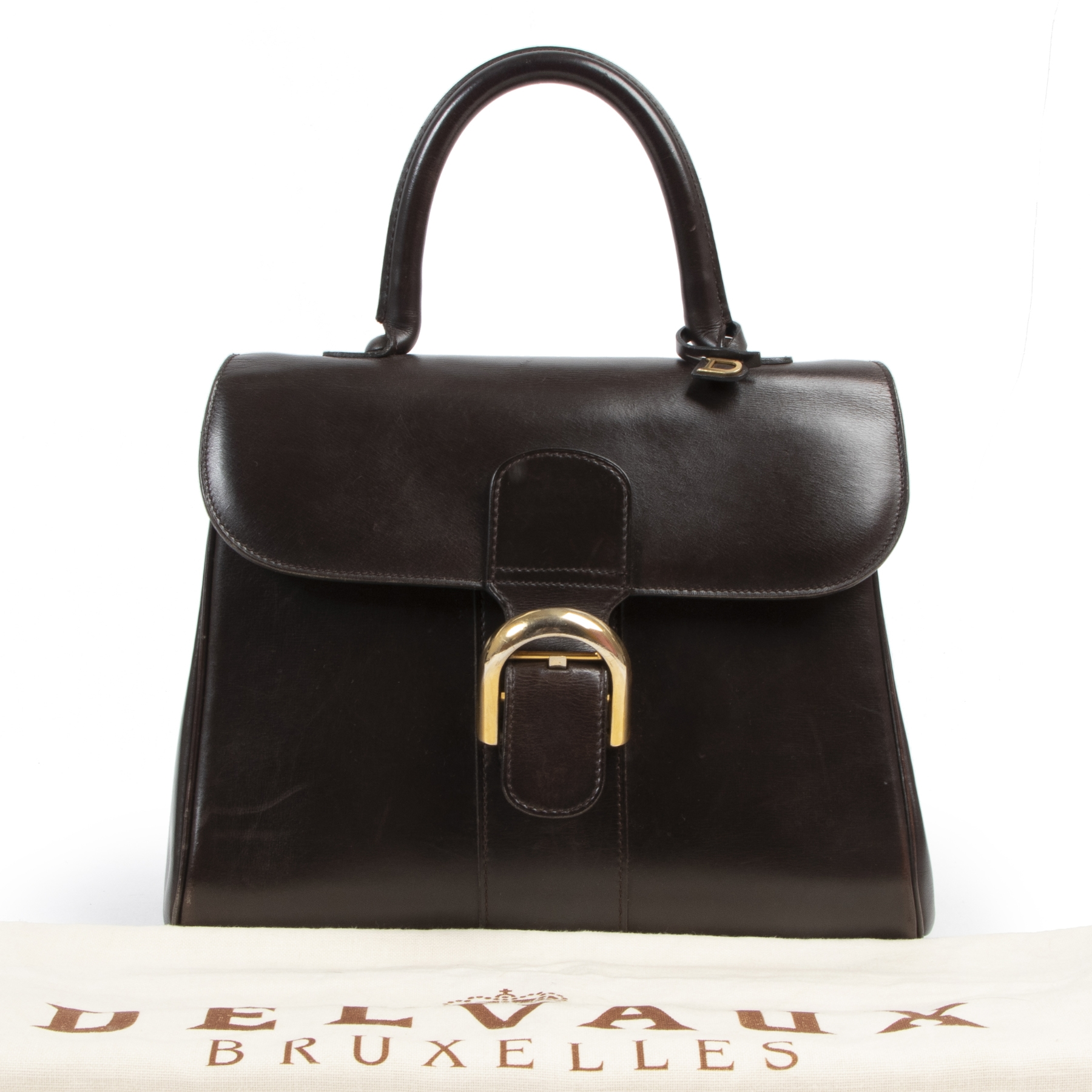 Delvaux Dark Brown MM Brillant Bag. Authentieke tweedehands Delvaux handtassen bij LabelLOV Antwerpen. Authentique seconde-main luxury en ligne webshop LabelLOV. Authentic preloved Delvaux handbags at LabelLOV Antwerp.