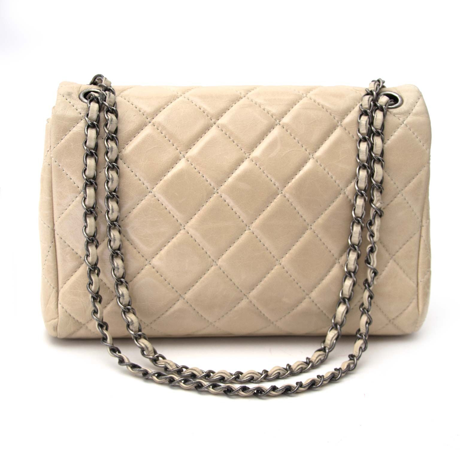 28a4bb3ad37cea Chanel Baby Pink Wallet On A Chain. Sold. Chanel Beige Flabbag secondhand  Tweedehands chanel bij Labellov
