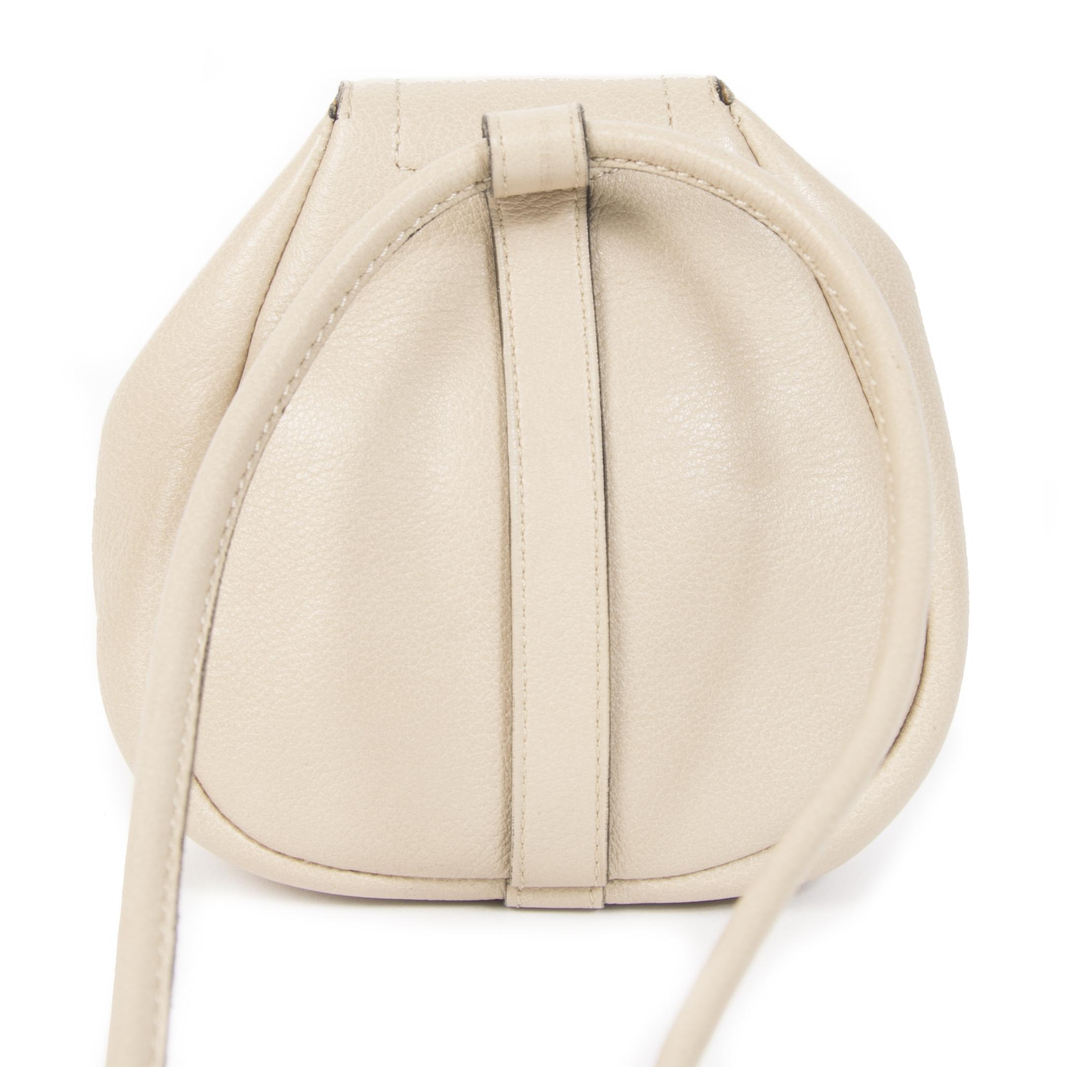 Authentieke Tweedehands Delvaux Beige Cerceau Mini Crossbody Bag juiste prijs veilig online shoppen luxe merken webshop winkelen Antwerpen België mode fashion