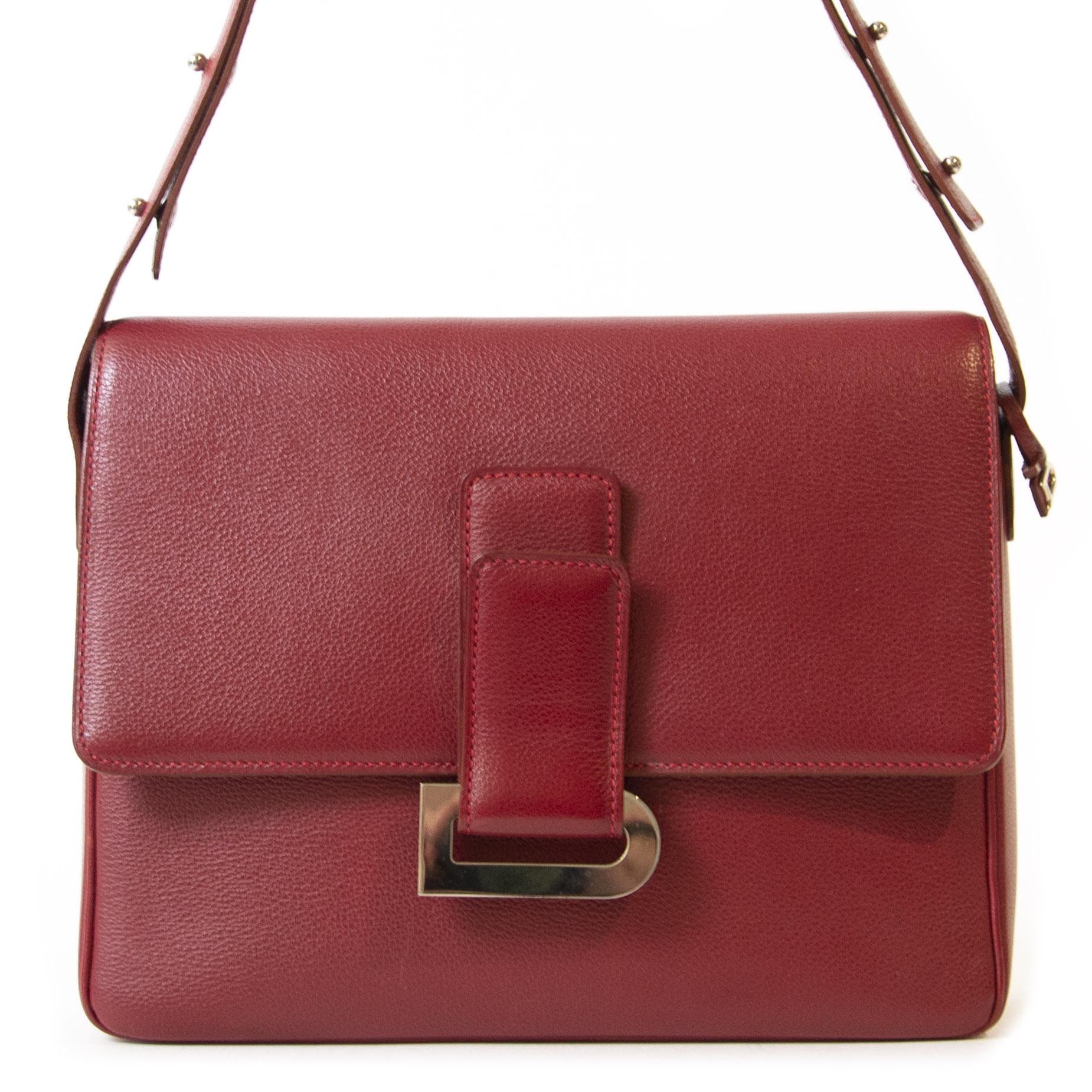 Koop authentieke tweedehands Delvaux Brique Red Leather Poirier Shoulder Bag juiste prijs veilig online winkelen LabelLOV webshop luxe merken winkelen Antwerpen België mode fashion