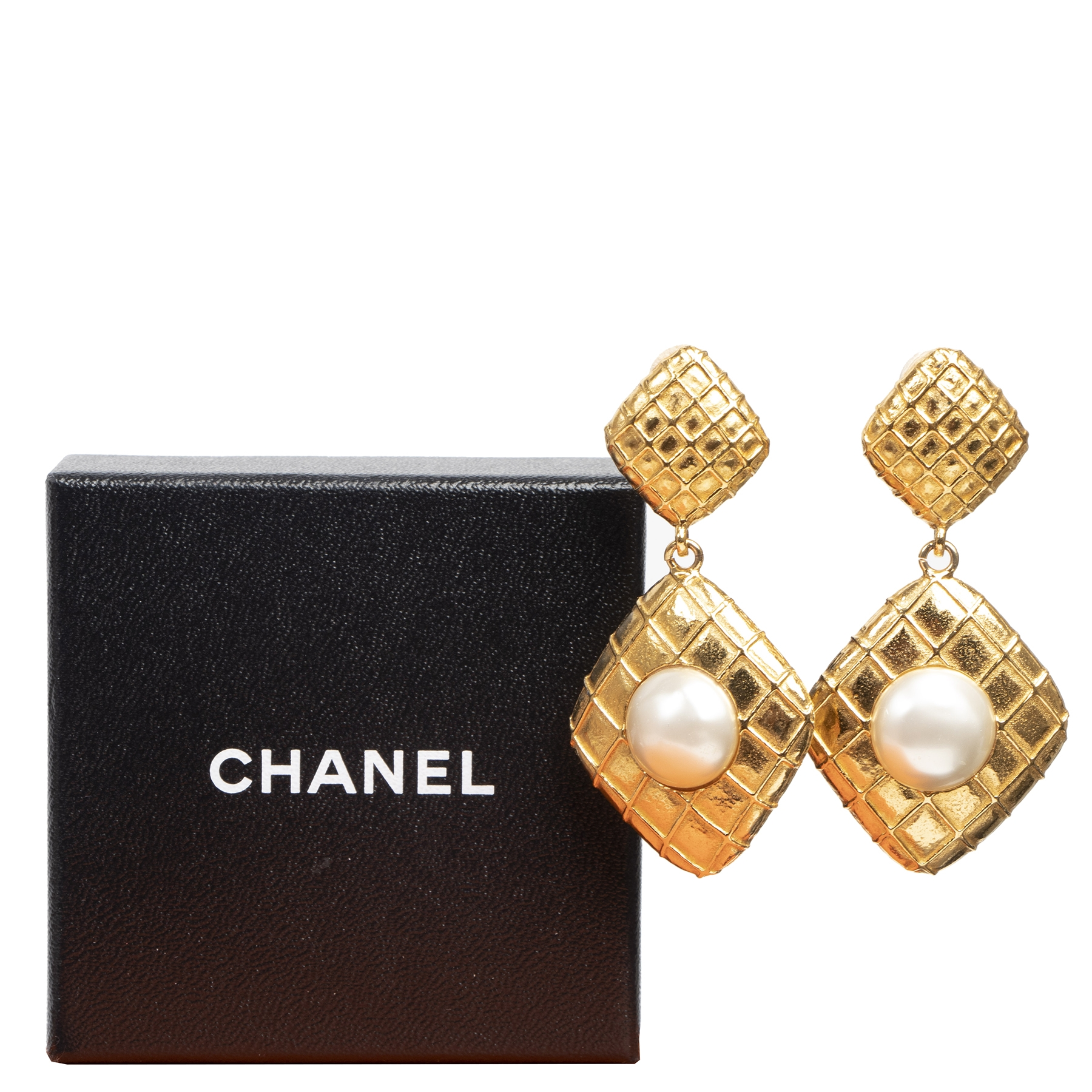 Authentic secondhand Chanel Gold Square Pearl Clip On Earrings designer accessories luxury vintage fashion webshop