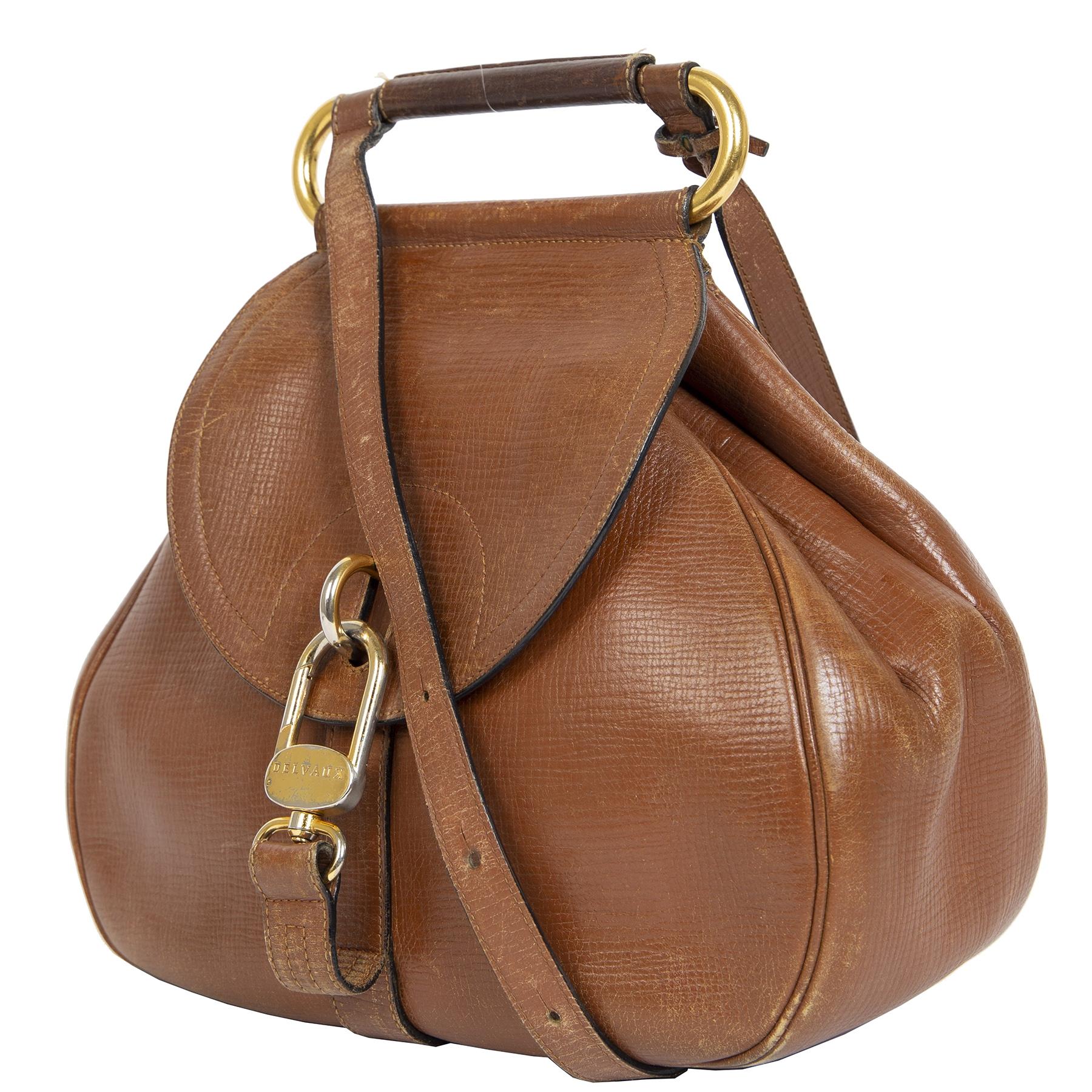 Koop en verkoop uw authentieke designer Delvaux Cognac Cerceau Jumping Bag