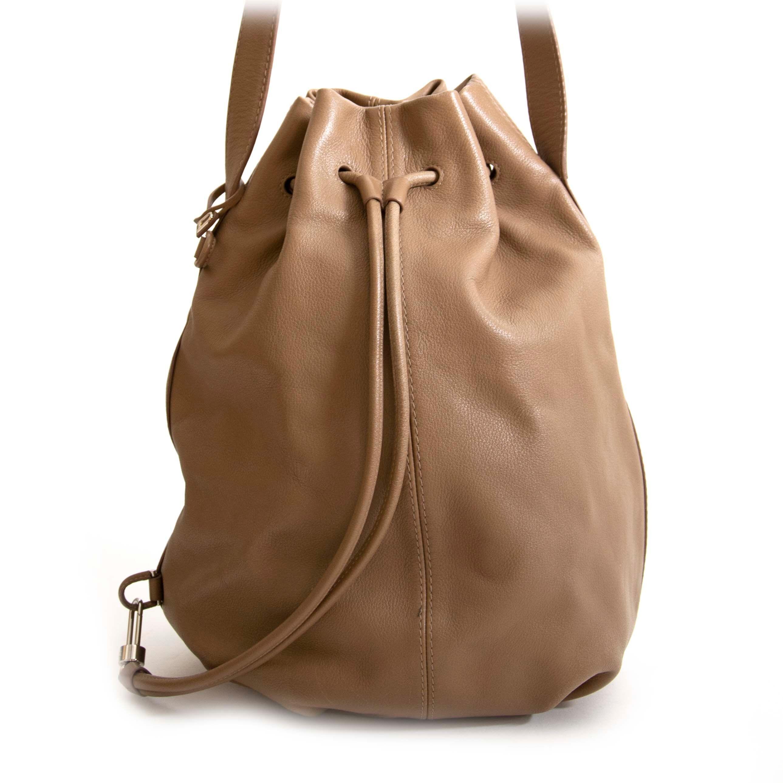 Koop authentieke tweedehands vintage Delvaux Nomade Sellier Bag bij online webshop LabelLOV.