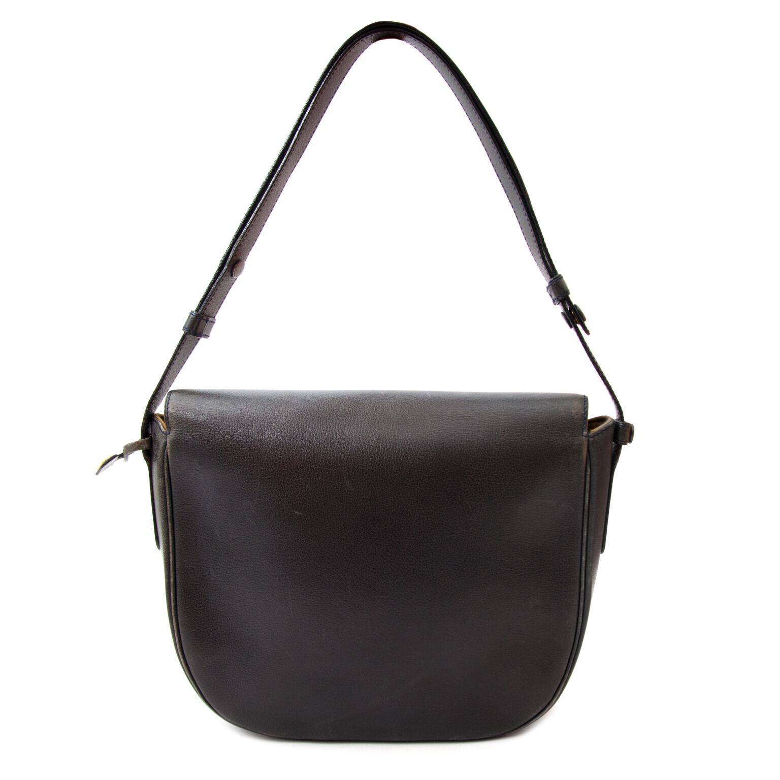 Beautiful shoulder bag from Delvaux on labellov.com