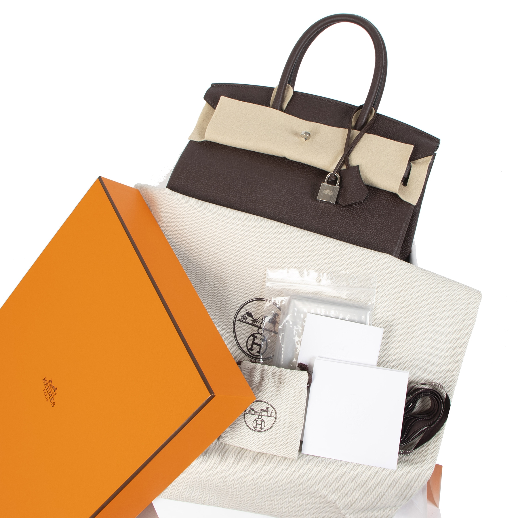 Hermès Birkin 30 chocolat togo PHW for sale at Labellov secondhand luxury in Antwerp Belgium