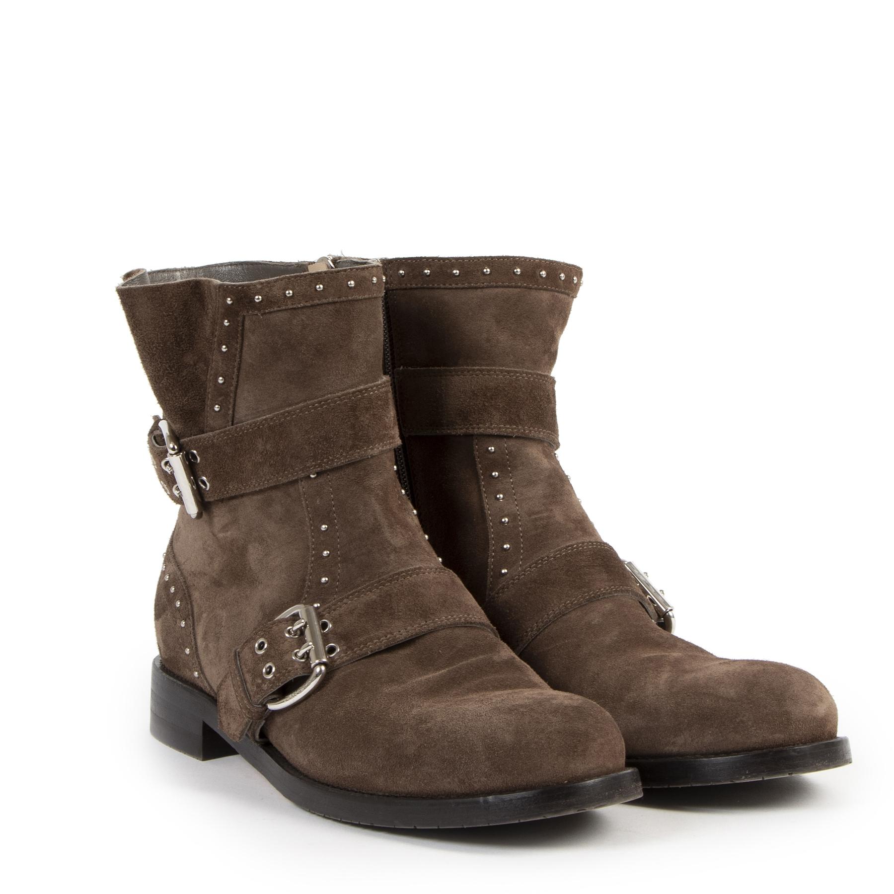 Jimmy Choo Studded Brown Suede Boots - Size 39,5 te koop bij Labellov tweedehands luxe