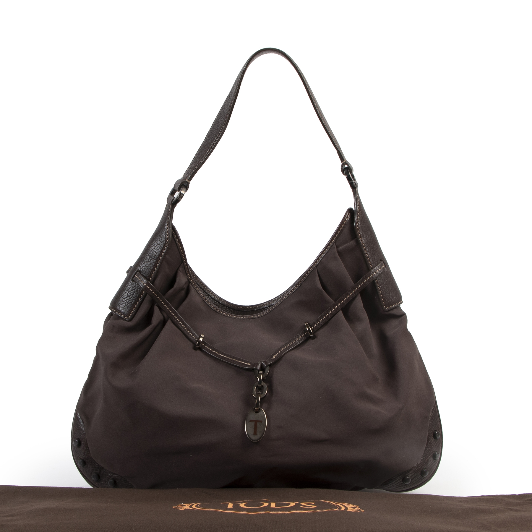Tod's Brown Nylon and Leather Shoulder Bag pour le meilleur prix chez Labellov à Anvers