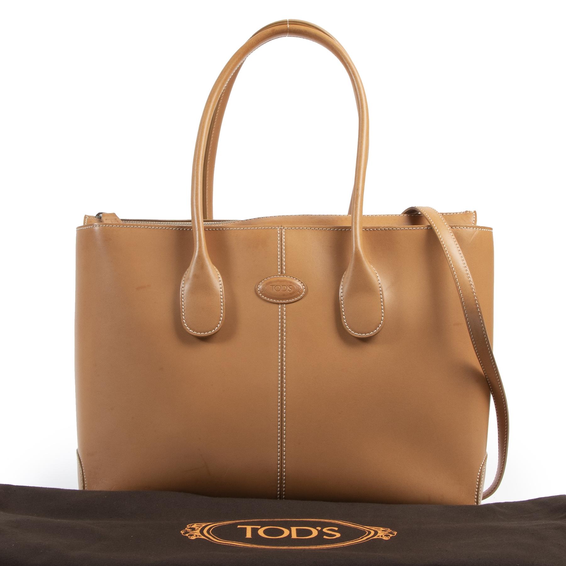Tod's Camel Leather D Bag te koop aan de beste prijs bij Labellov tweedehands luxe