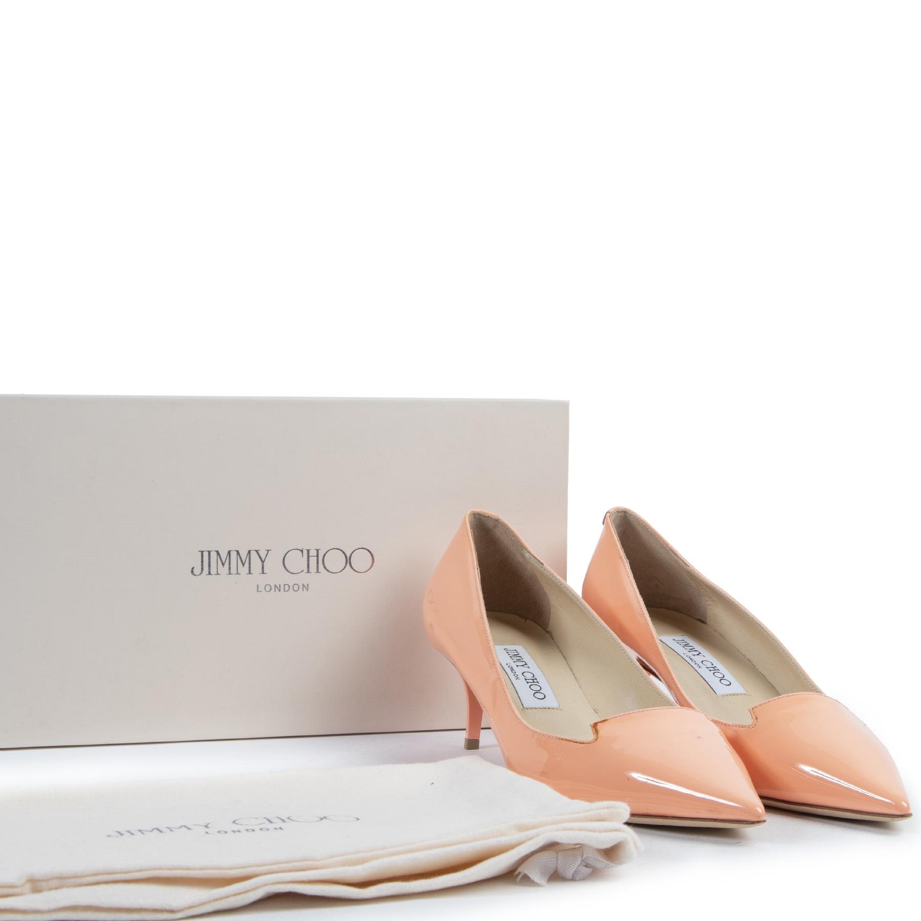 Authentieke Tweedehands Jimmy Choo Salmon Patent Leather Pumps - Size 38 juiste prijs veilig online shoppen luxe merken webshop winkelen Antwerpen België mode fashion