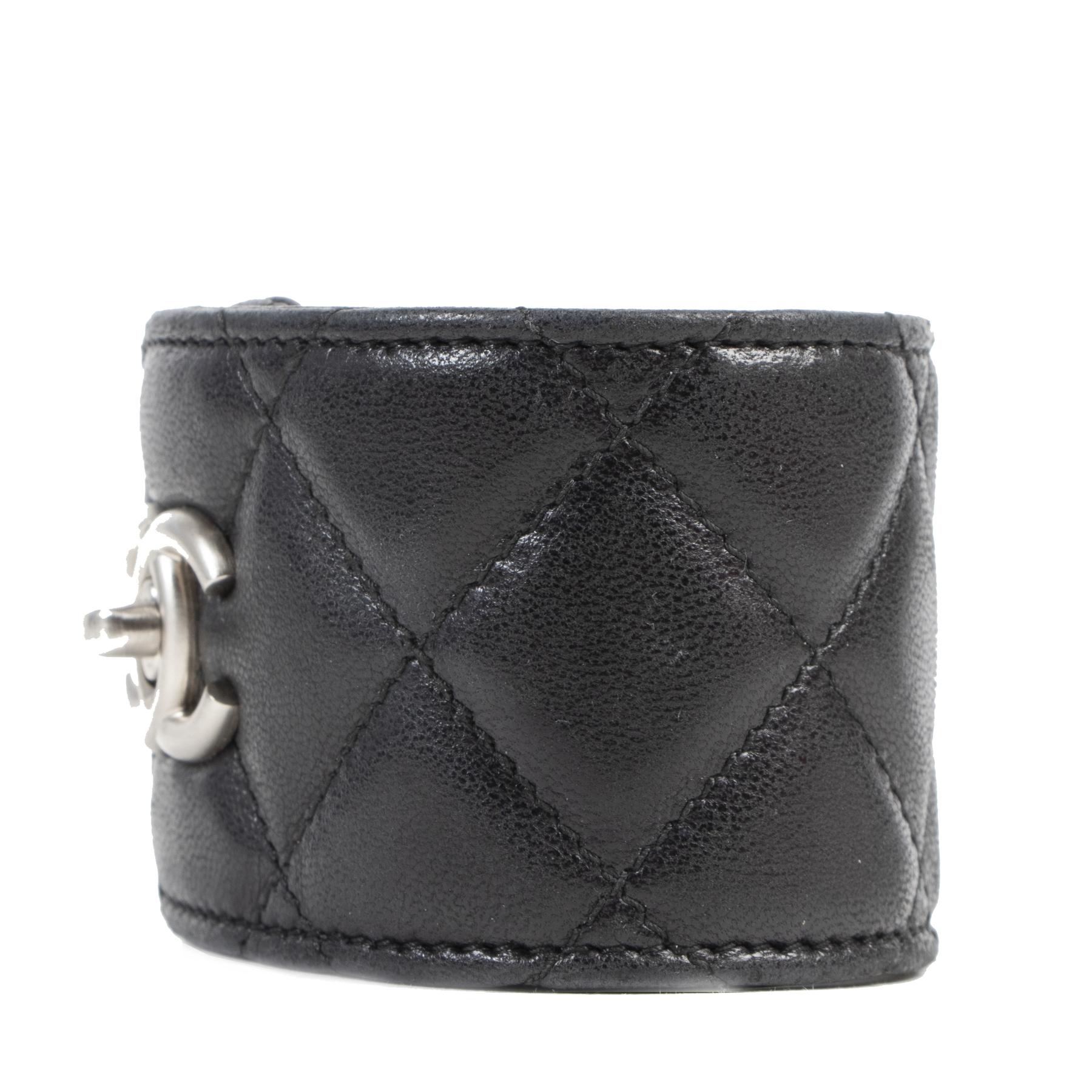 Authentic secondhand Chanel Black Leather CC Turnlock Bracelet designer accessories fashion luxury vintage webshop safe secure online shopping