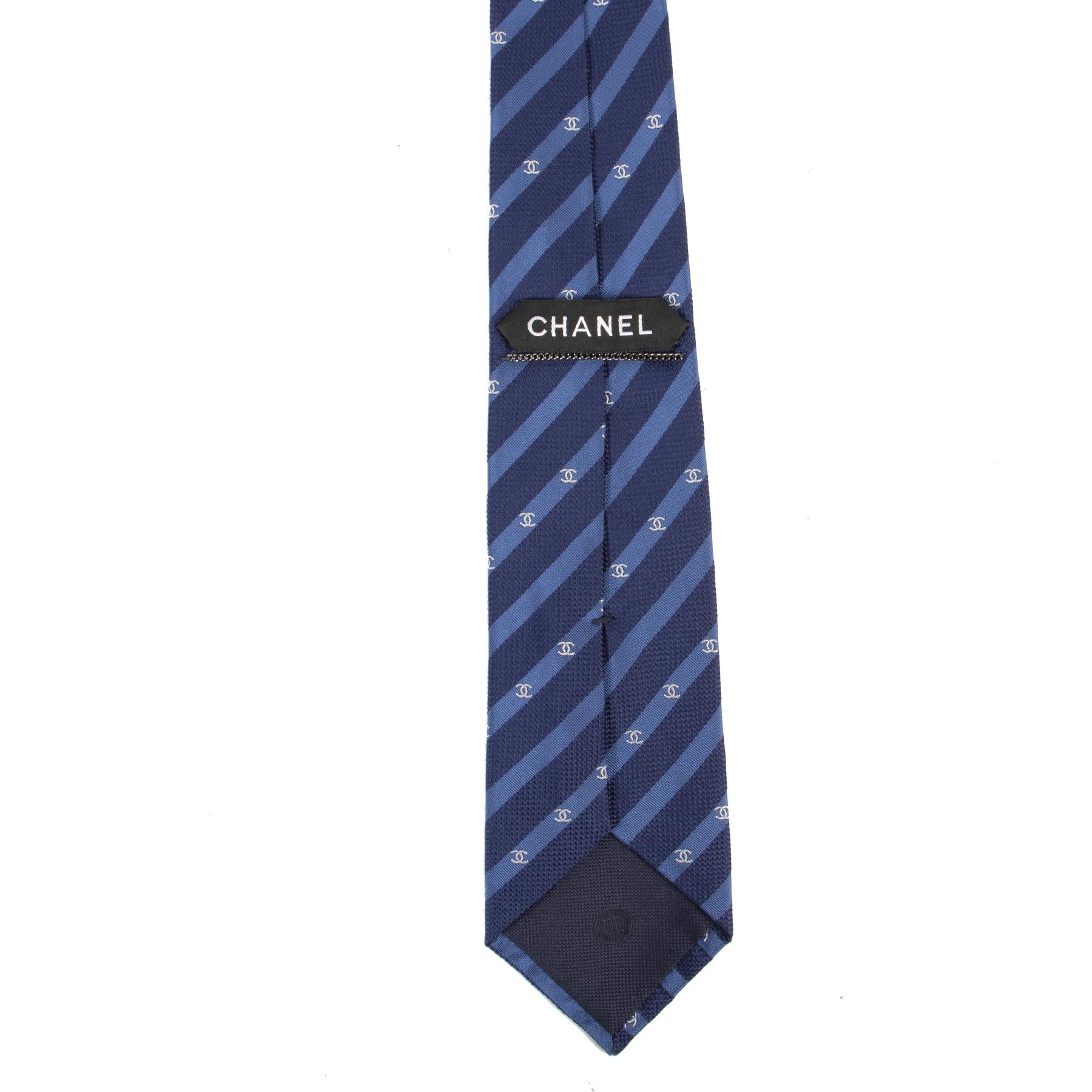 Authentieke Tweedehands Chanel Blue Logo Tie juiste prijs veilig online shoppen luxe merken webshop winkelen Antwerpen België mode fashion