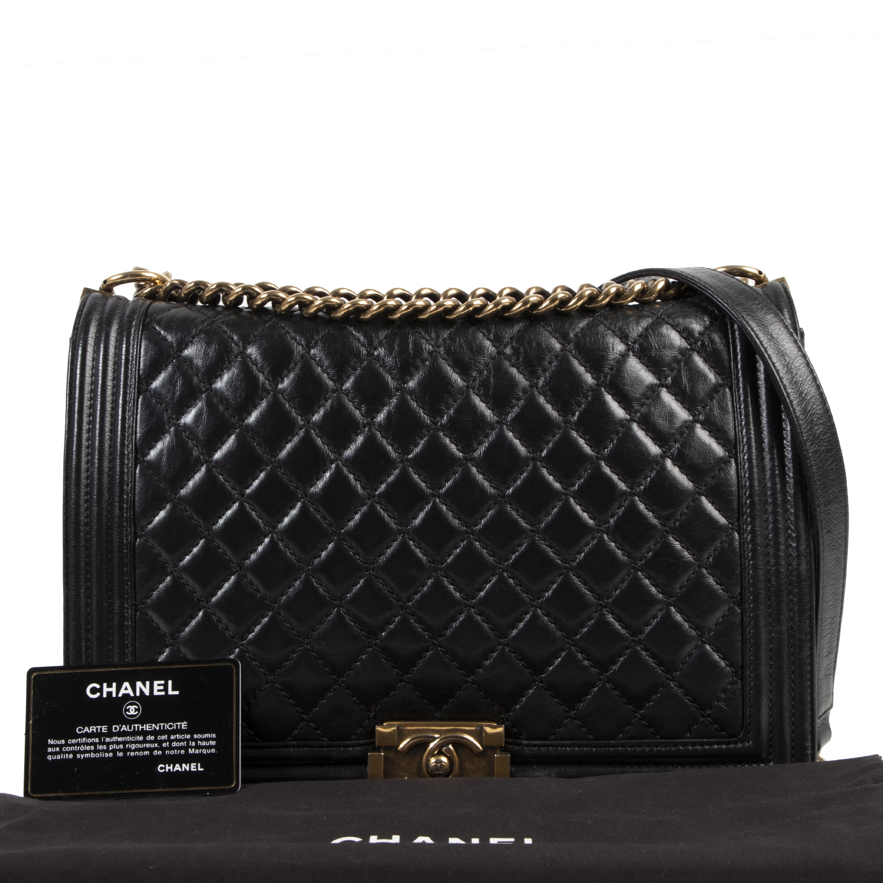 acheter en ligne seconde main Chanel Black Quilted Large Boy Bag