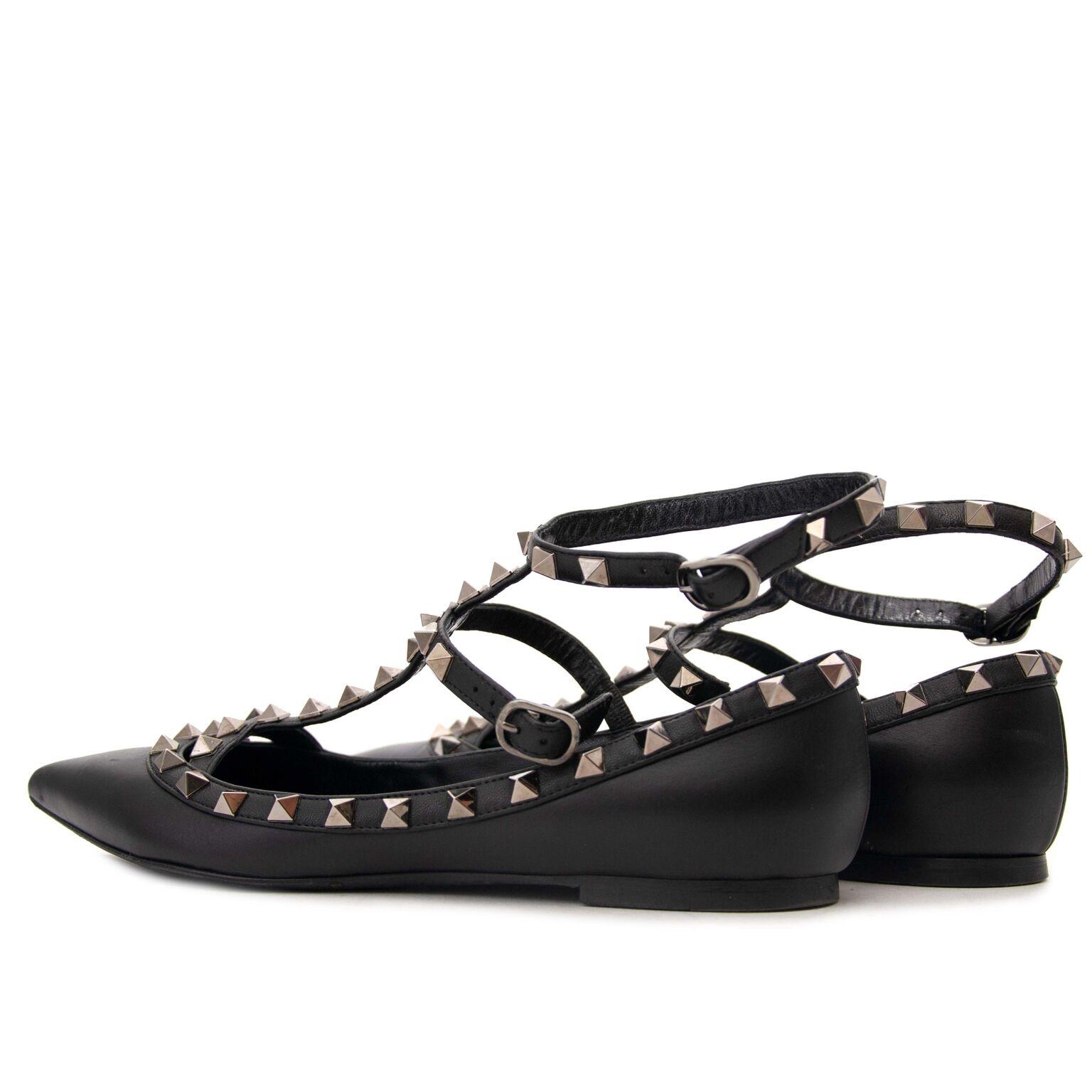 koop tweedehands Valentino Rockstud Double Ankle Strap Black Ballerina Flats bij labellov