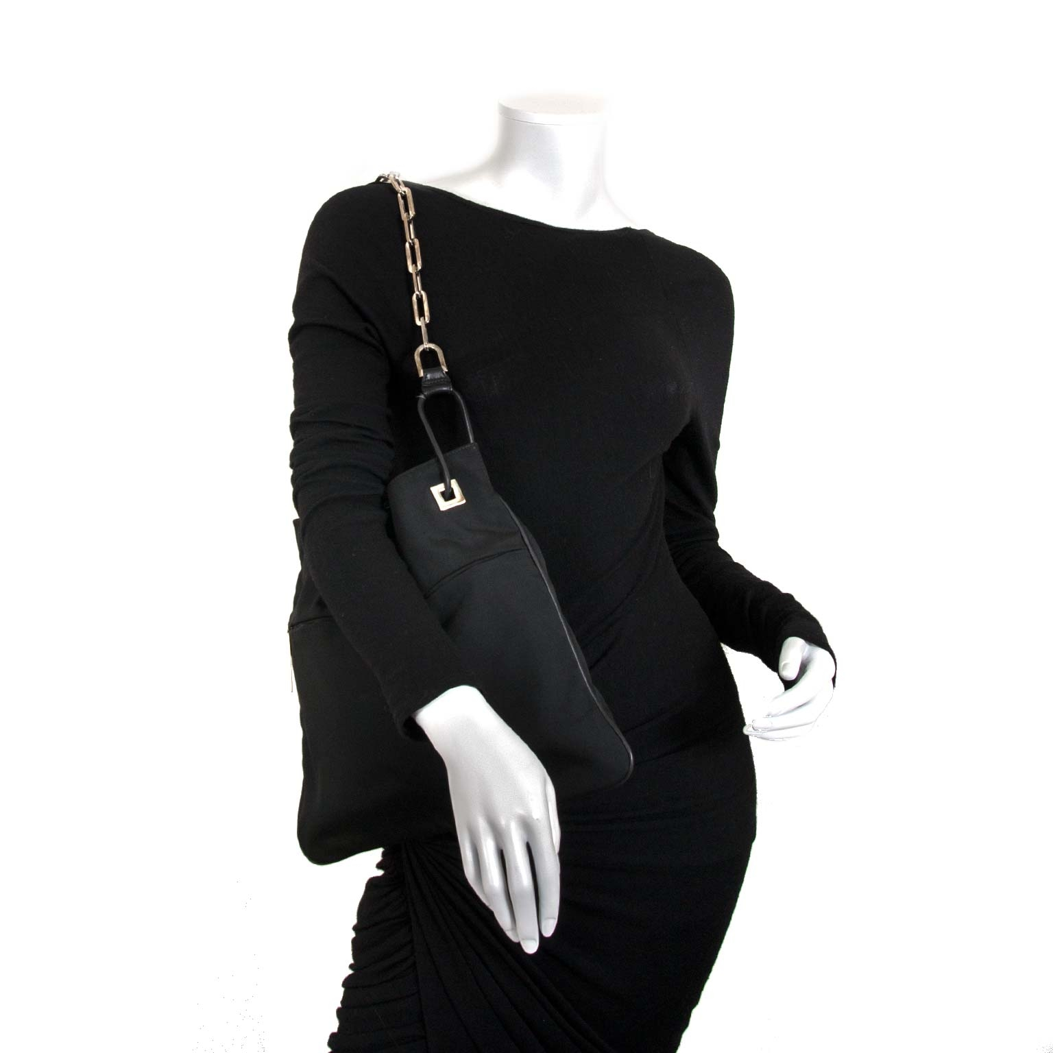 gucci black fabric metal chain shopper now for sale at labellov vintage fashion webshop belgium