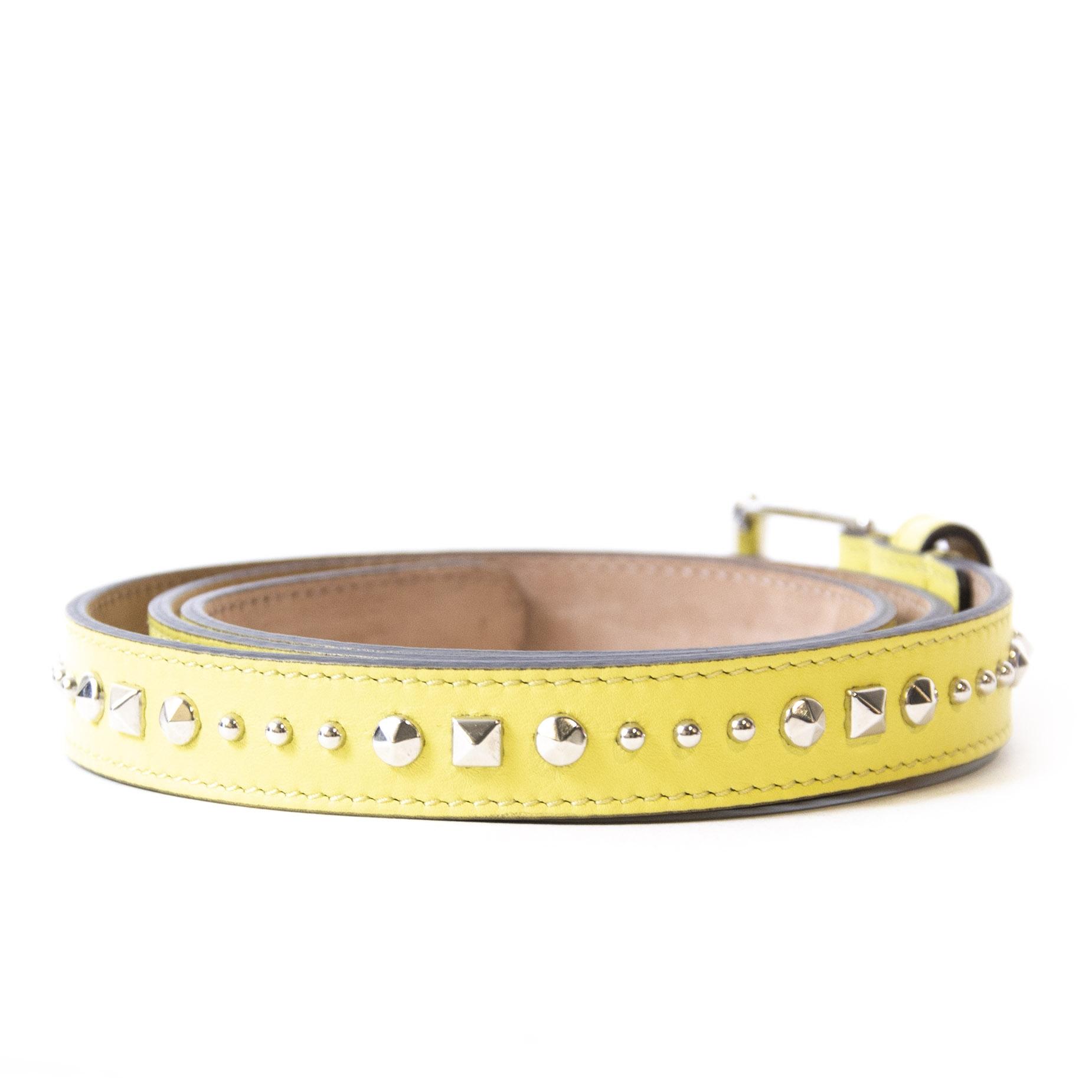 Authentieke Tweedehands Gucci Yellow Lime Leather Stud Belt - Size 95 juiste prijs veilig online shoppen luxe merken webshop winkelen Antwerpen België mode fashion