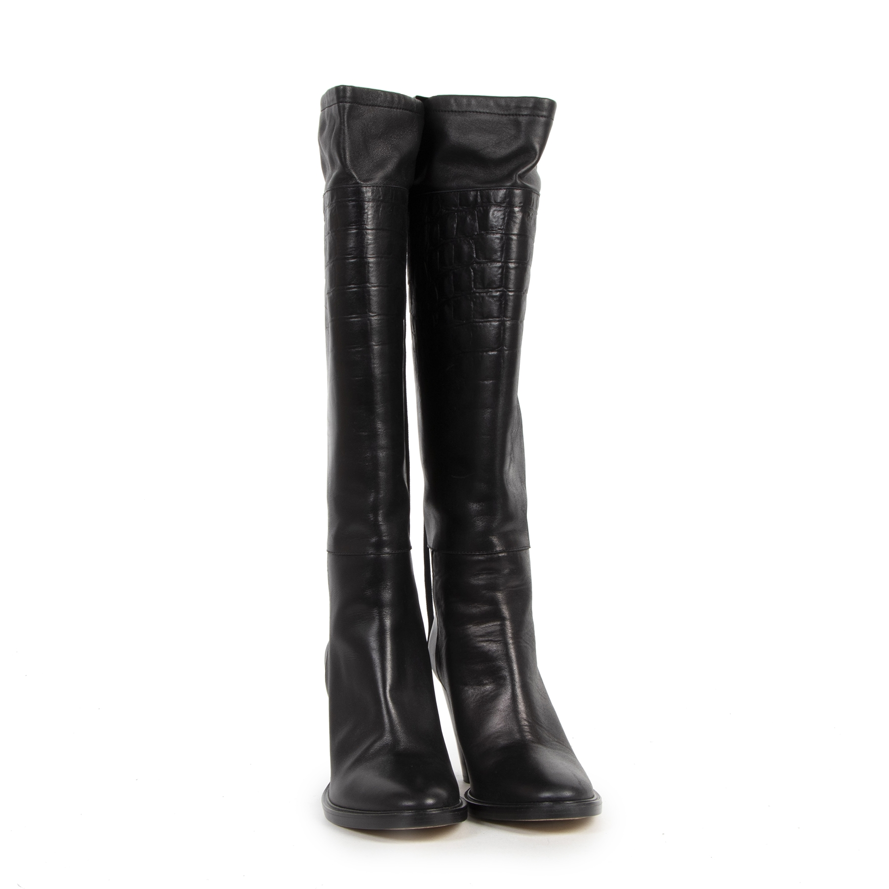 Buy authentic secondhand A.F Van De Vorst Black Croco Leather Boots - Size 38 at the right price at LabelLOV vintage webshop. Safe and secure online shopping. Koop authentieke tweedehands A.F Van De Vorst Black Croco Leather Boots - Size 38 met de juiste