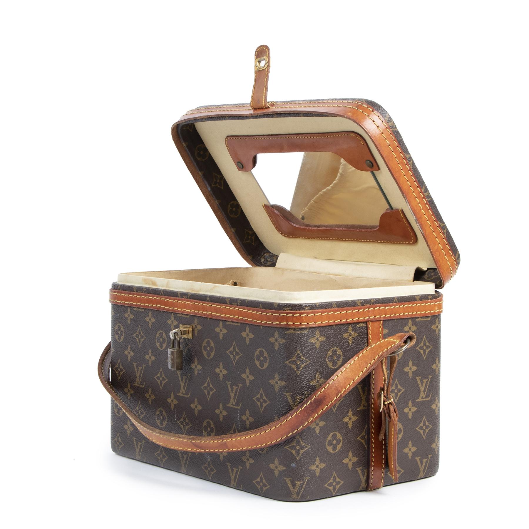 Louis Vuitton Monogram Trunk Vanity Case pour le meilleur prix
