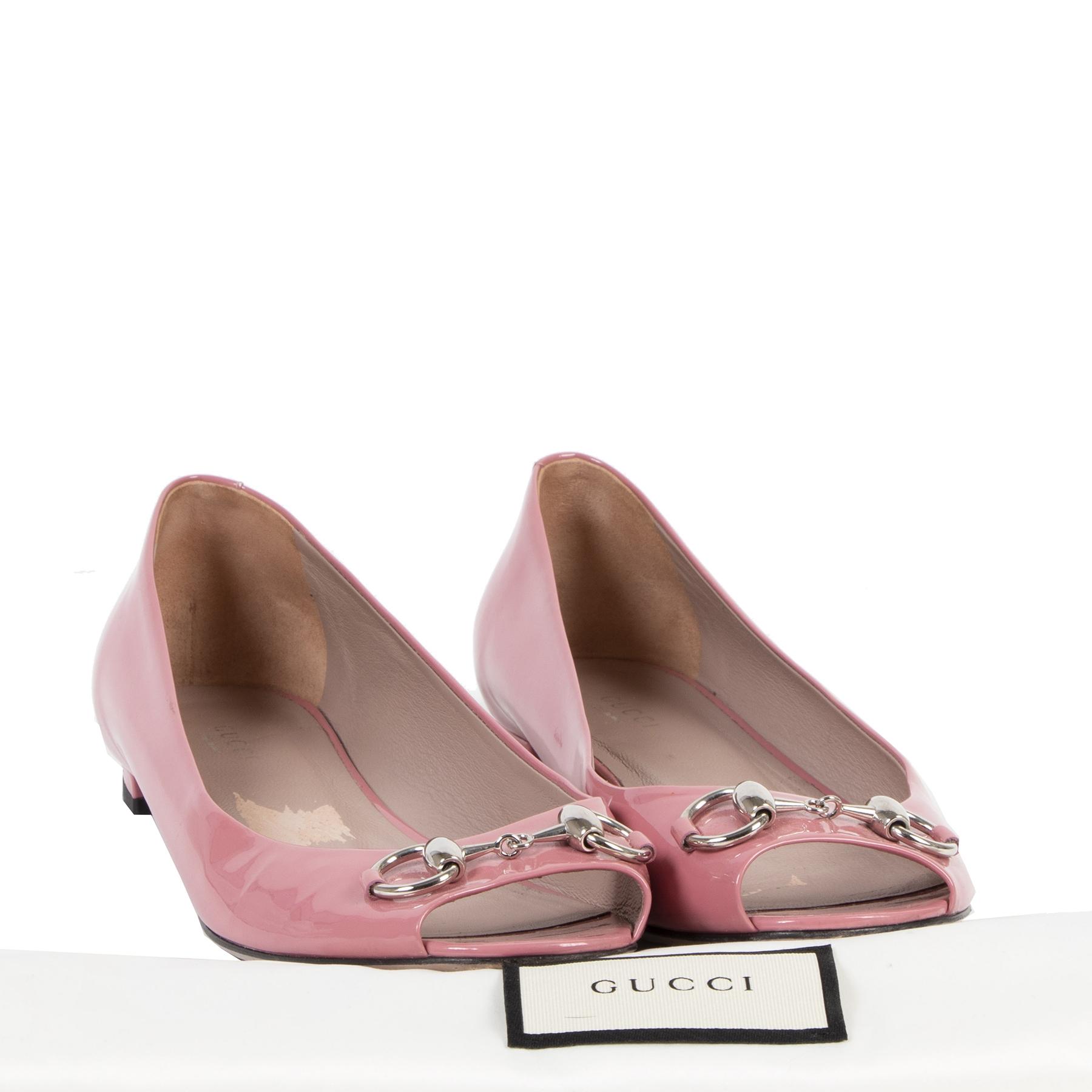Authentieke Tweedehands Gucci Pink Horsebit Patent Leather Open Toe Ballerina Flats - 39,5 juiste prijs veilig online shoppen luxe merken webshop winkelen Antwerpen België mode fashion