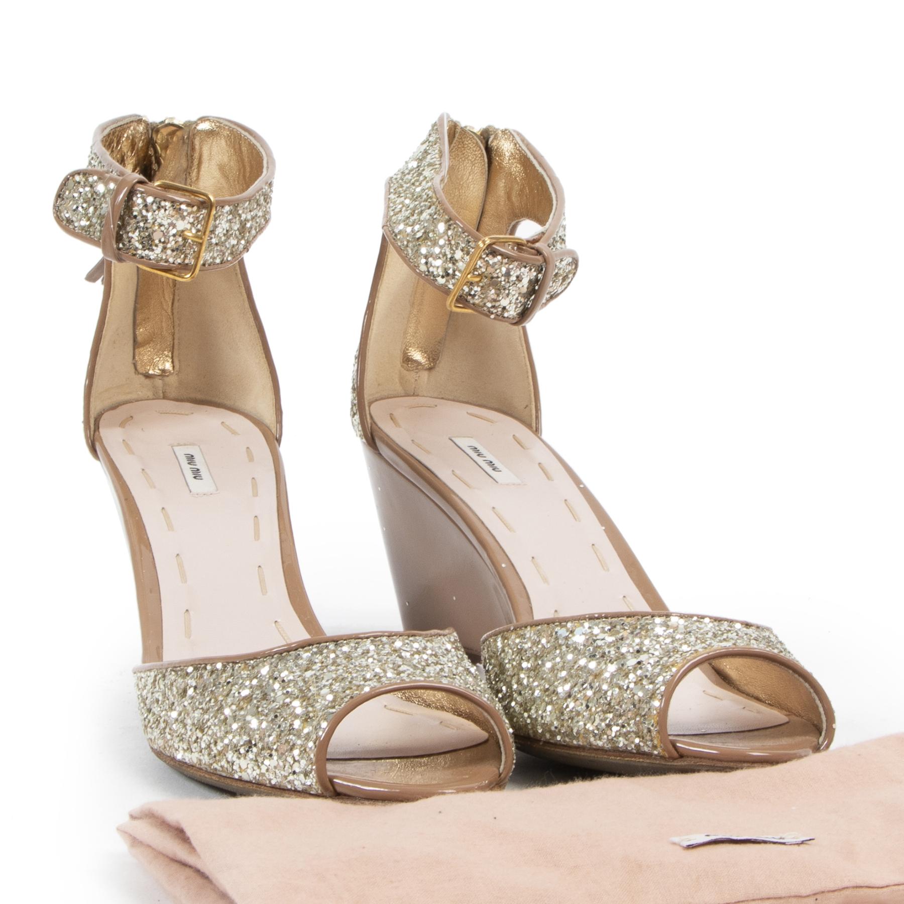 Miu Miu Nude Sequin Sandals kopen en verkopen bij Labellov tweedehands luxe in Antwerpen
