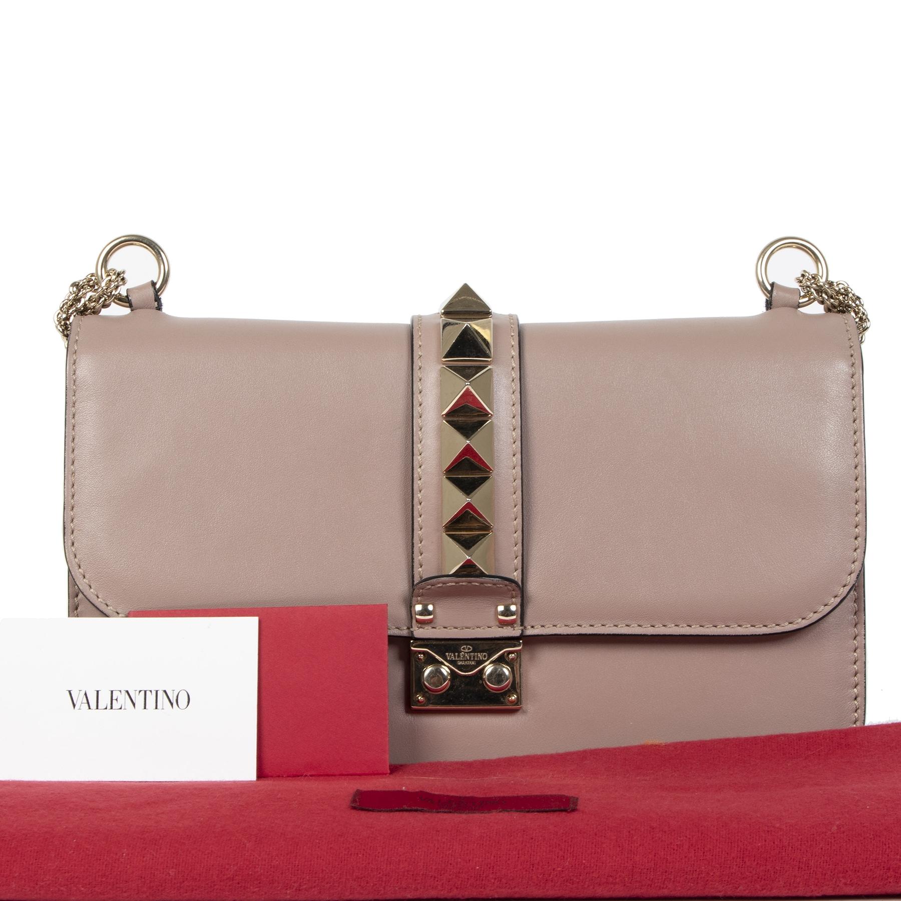Authentique seconde-main vintage Valentino Lavender Lock Medium Shoulder Bag achète en ligne webshop LabelLOV