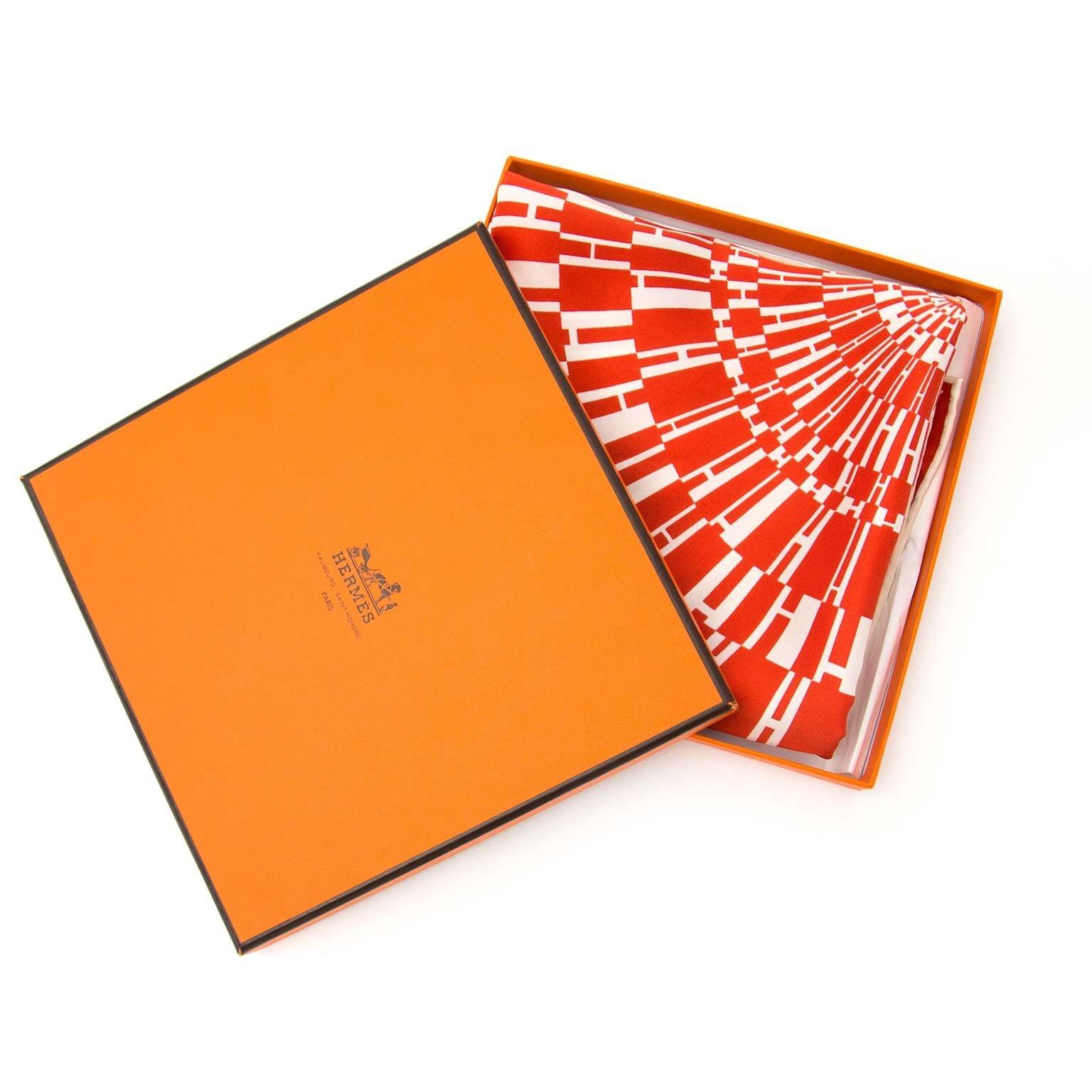 buy Hermes Carre 70 OP'H Vintage Silk  at labellov