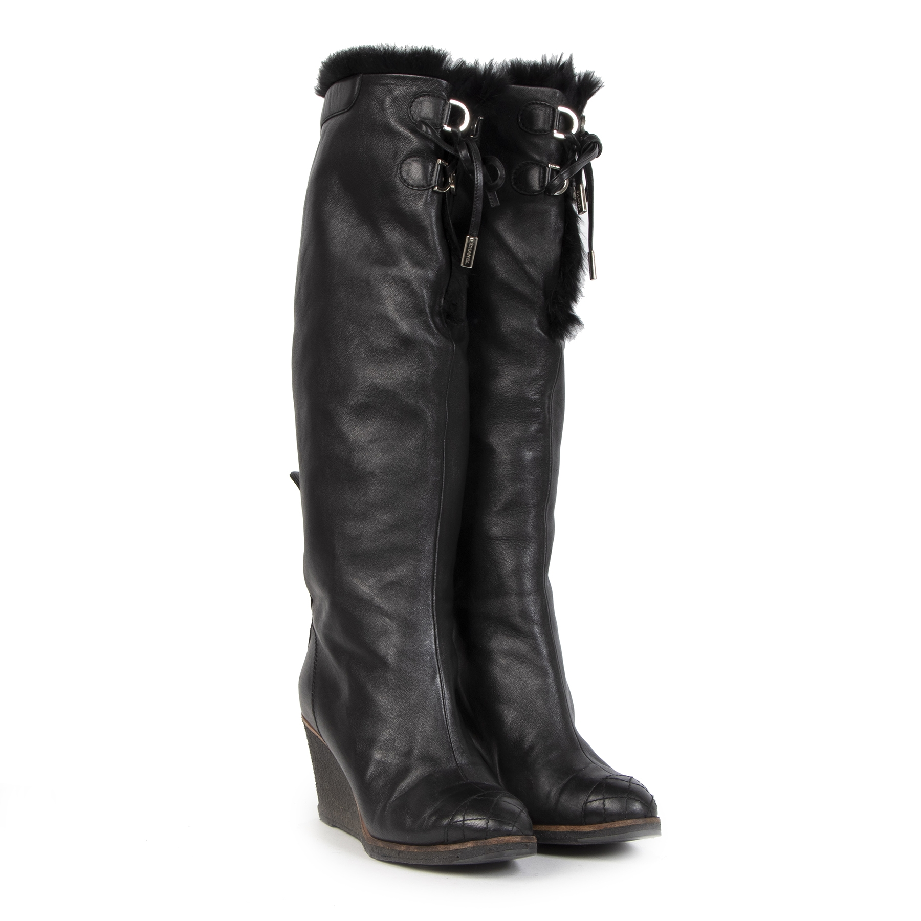 Chanel Black Leather Fur-Lined Wedge Boots - 37,5