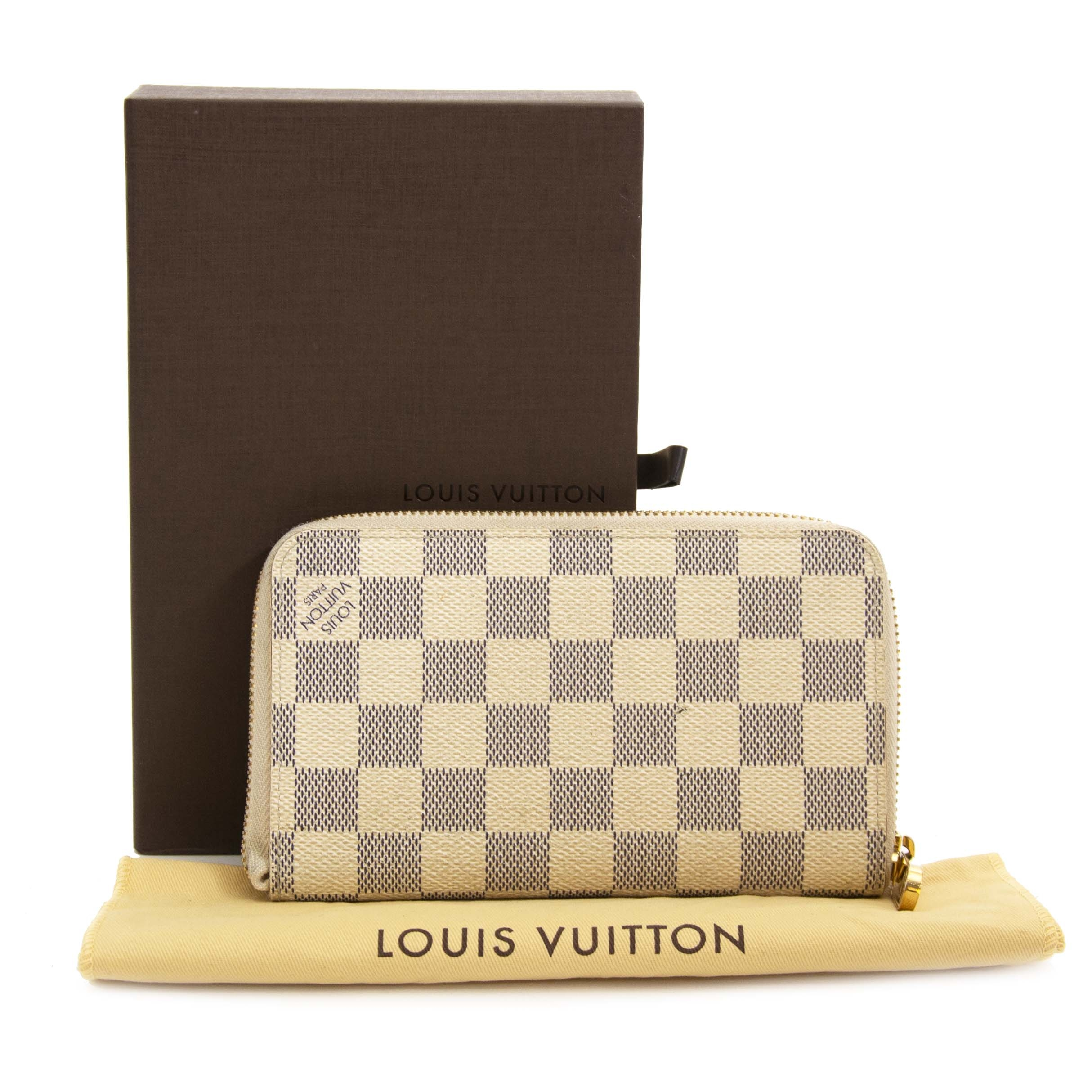 4de67162ab ... Wallet for sale at Labellov secondhand luxury in Antwerp Louis Vuitton  Damier Azur Zippy PTF portefeuille te koop bij Labellov