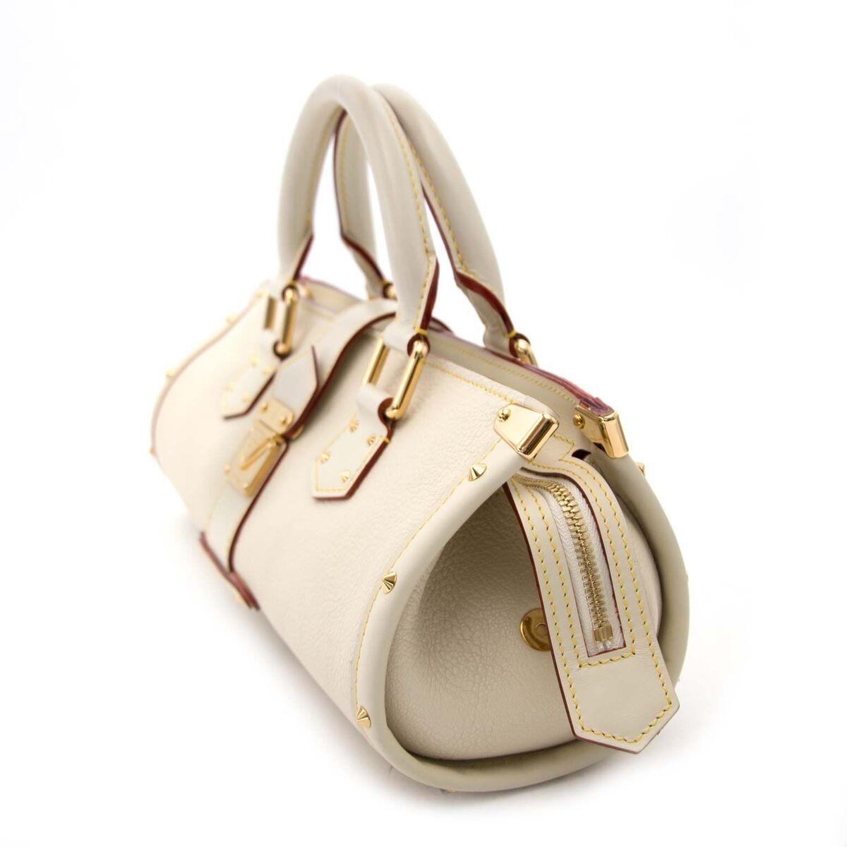 Koop authentieke tweedehands Louis Vuitton Suhali tas aan een eerlijke prijs bij LabelLOV. Veilig online shoppen.