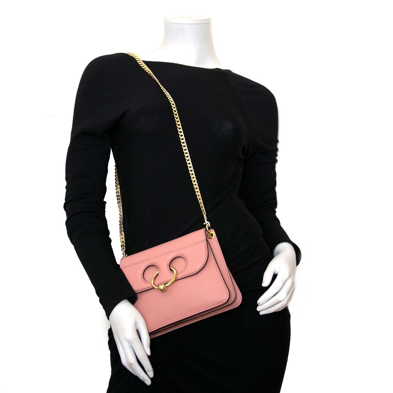 JW Anderson mini pierce tas dusty roos nu online bij labellov vintage mode webshop belgië