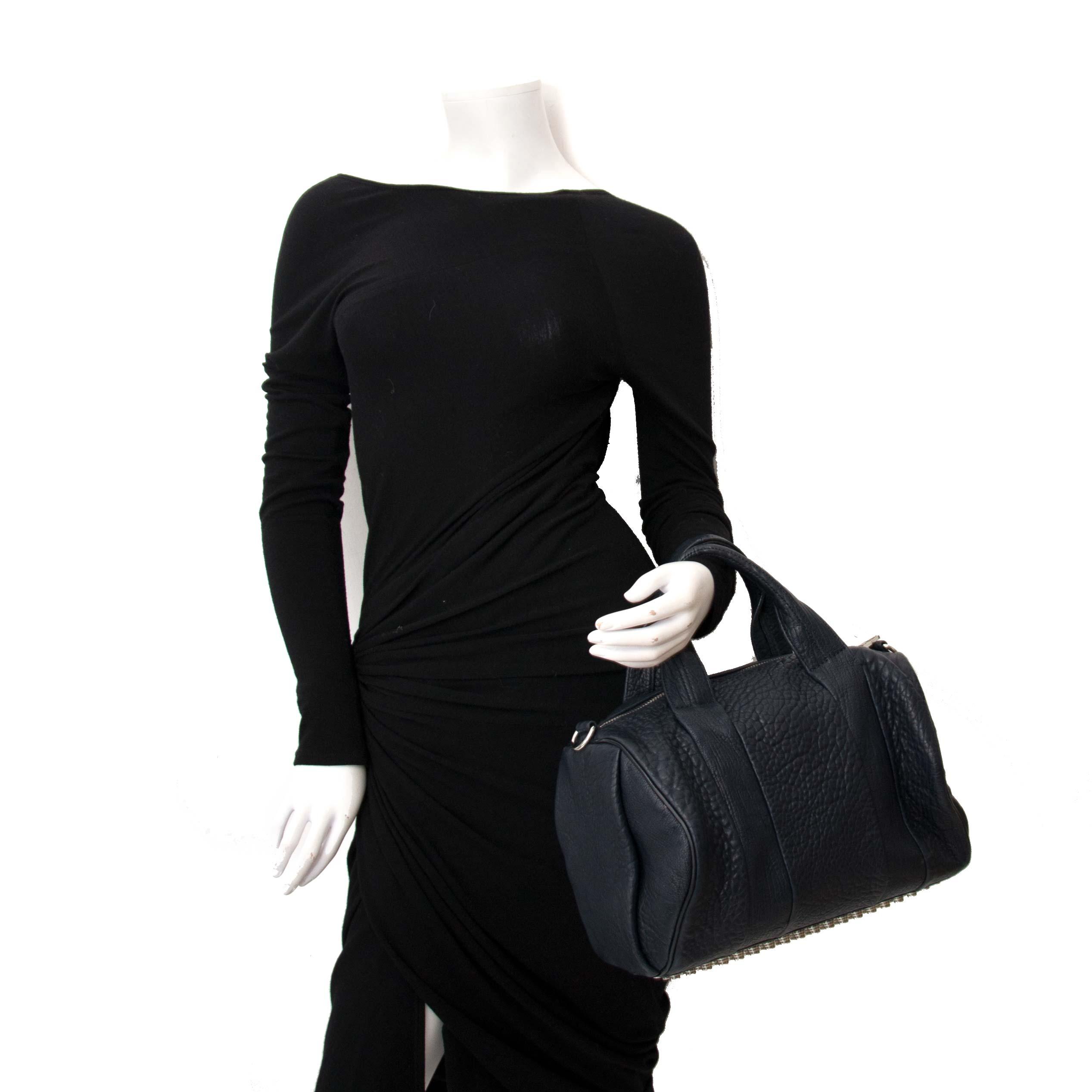 koop online aan de beste prijs jou tweedehands Alexander Wang Black Rocco Duffel Bag