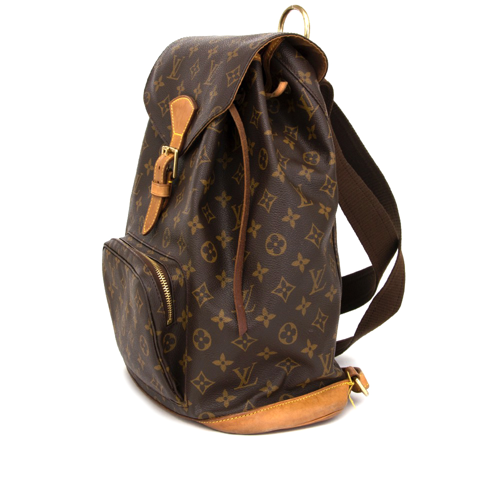 ... Buy your Louis Vuitton Montsouris Backpack in preloved condition for  the best price at Labellov. c56edb2380