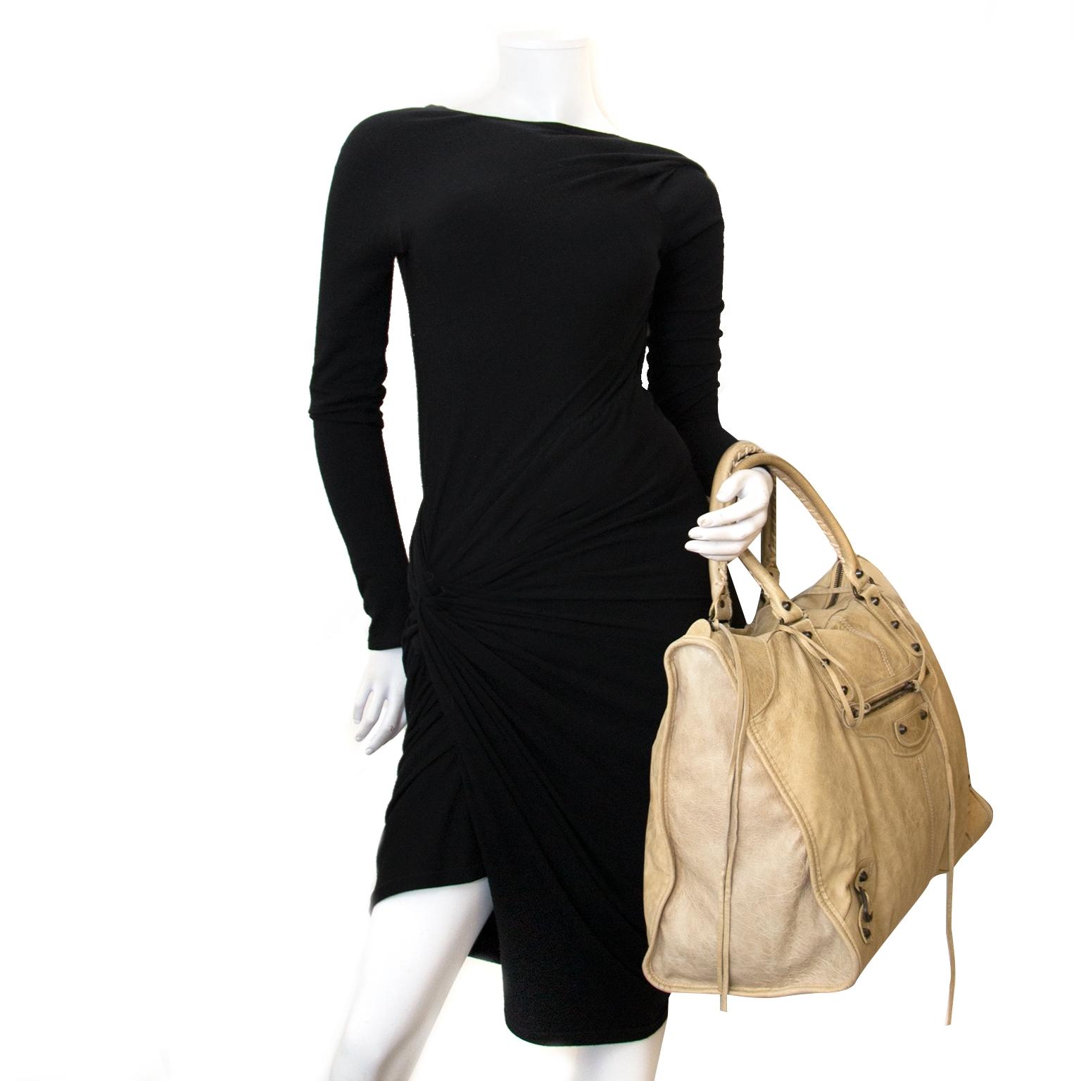 Balenciaga Beige Leather Weekender Bag kopen en verkopen