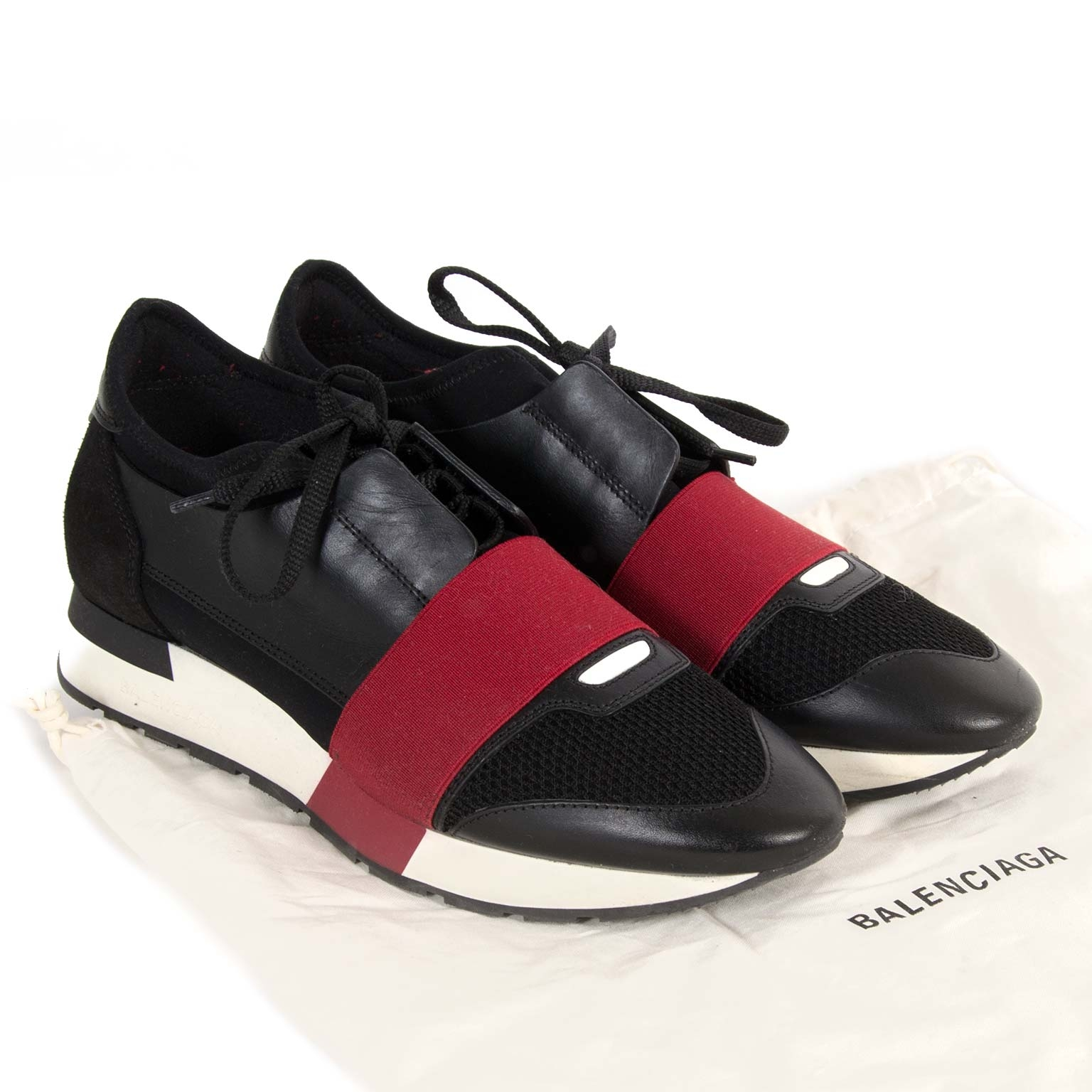 Balenciaga Race Runners Black And Red - Size 39 now for sale at labellov vintage fashion webshop belgium