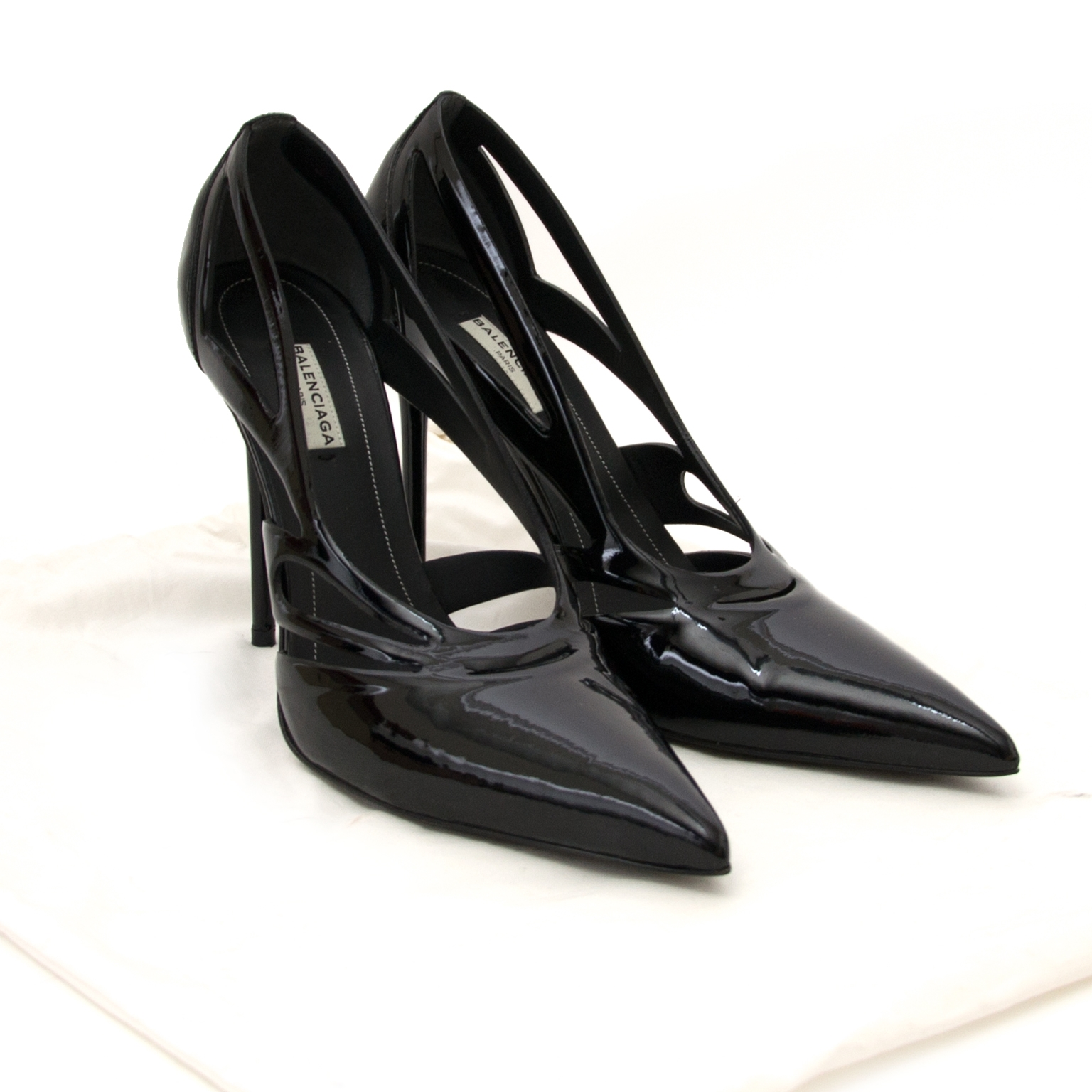 balenciaga patent laser-cut spider pumps now for sale at labellov vintage fashion webshop belgium
