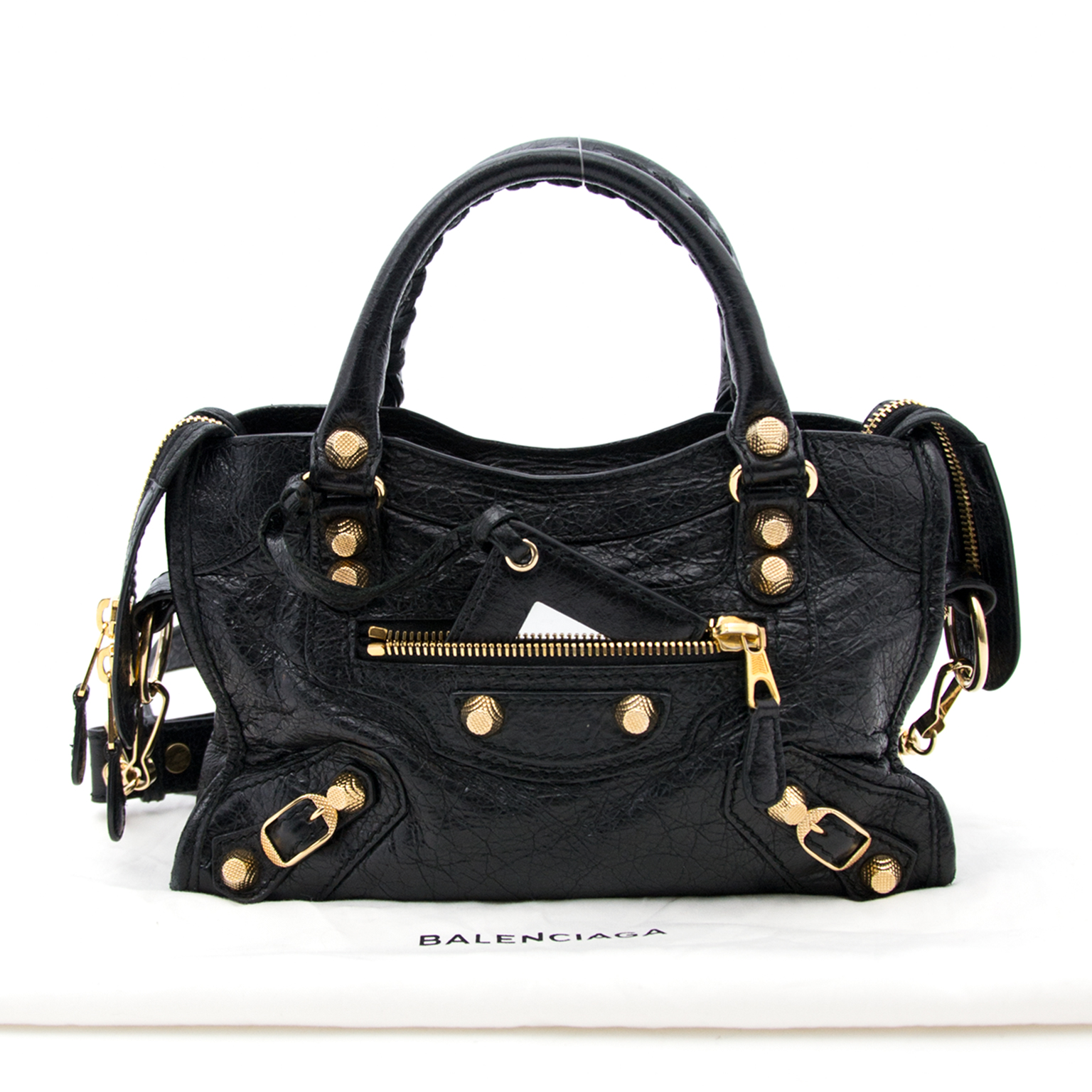 a40380cc8e2 Buy and sell your preloved designer bags for the best rates online at Labellov  luxury Koop authentieke Balenciaga handtassen bij Labellov.com