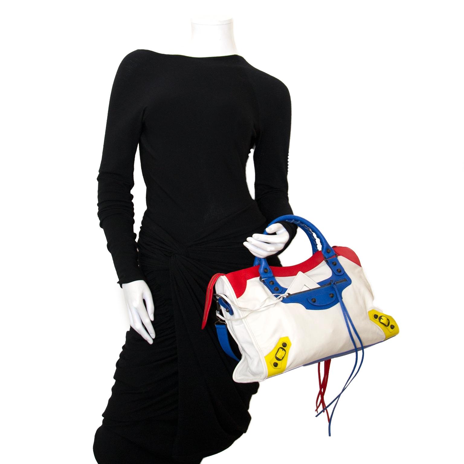 Koop authentieke balenciaga city tassen bij Labellov vintage mode webshop belgië
