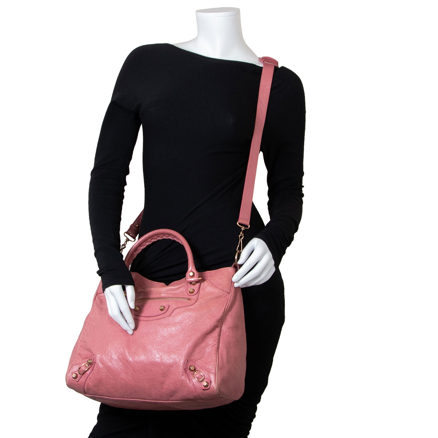 Are you looking for an authentic Balenciaga Rose Velo Bag? Buy safe and secur at Labellov