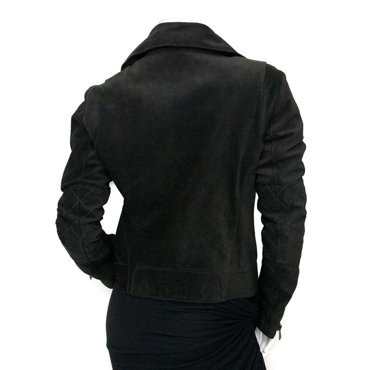 Koop authentieke tweedehands Balenciaga suede biker jacket aan een eerlijke prijs bij LabelLOV. Veilig online shoppen.