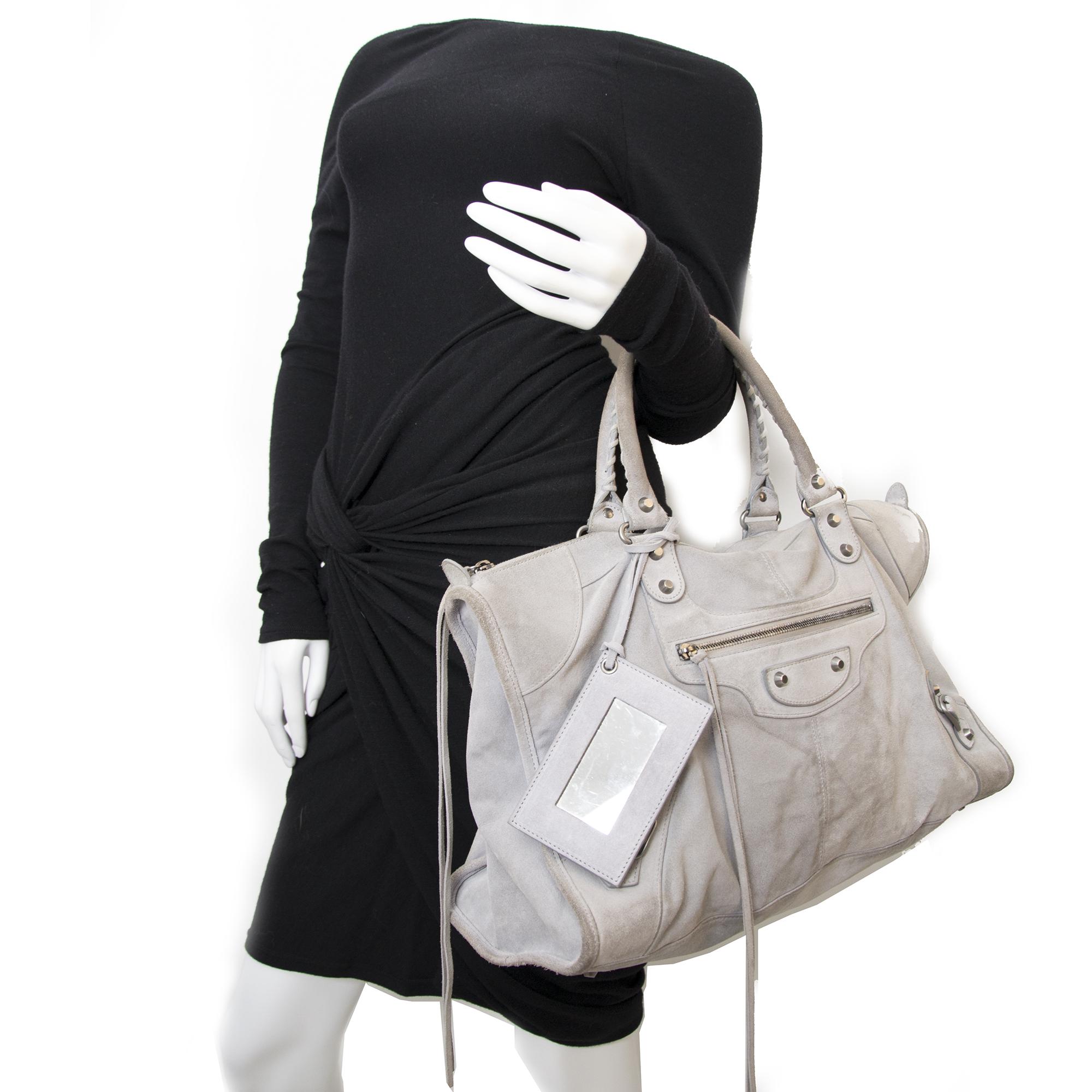 c4a4c68ef12 Safe and Vintage Balenciaga work bag for the best price at Labellov  webshop. Safe and secure online