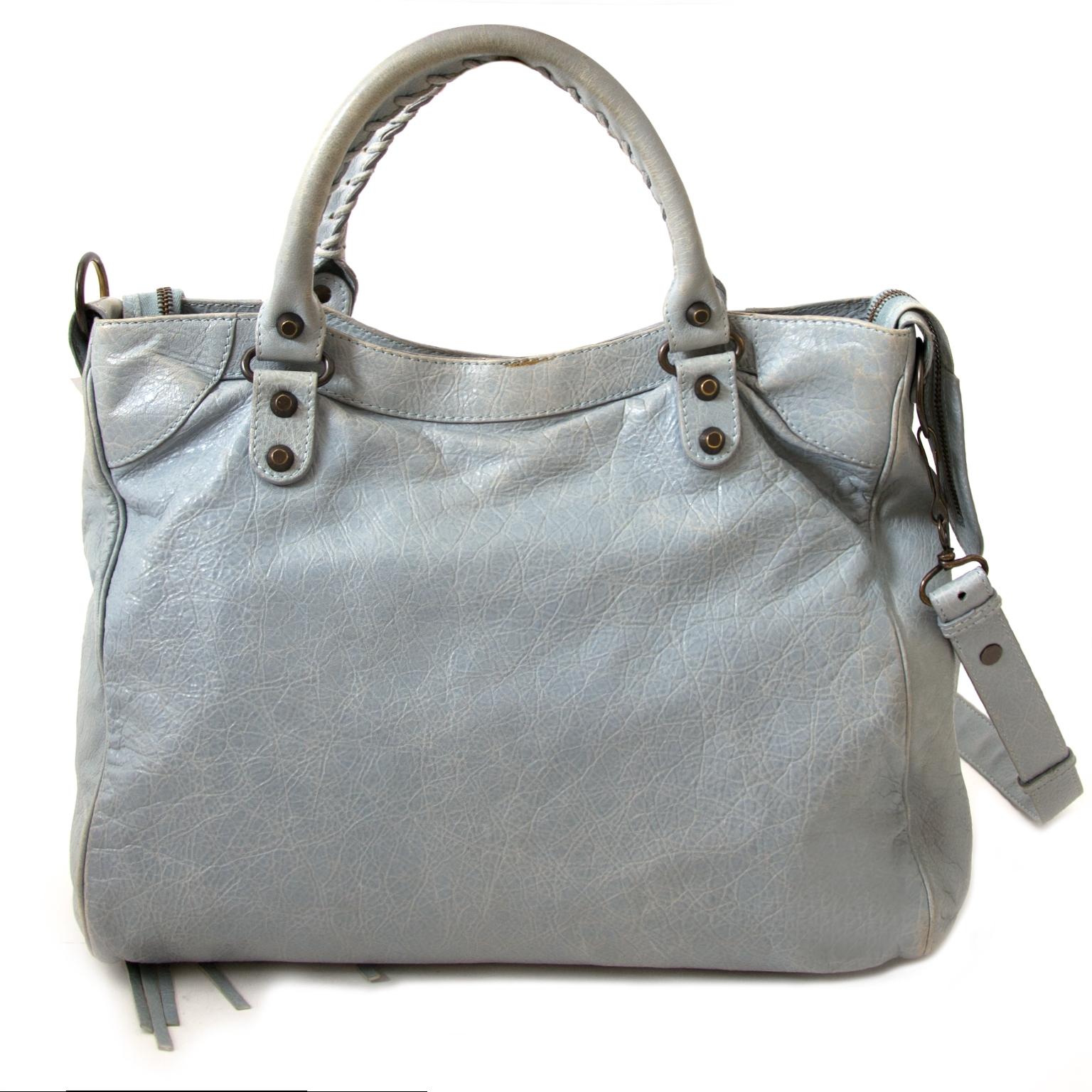koop authentieke balenciaga velo tassen bij labellov vintage mode webshop