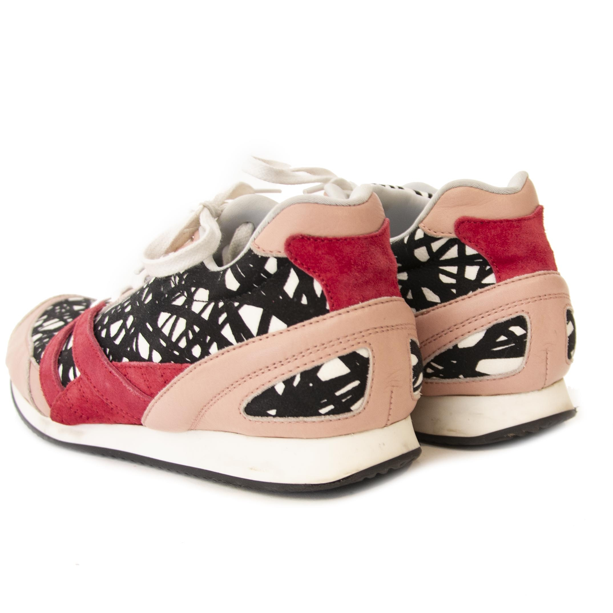 Buy authentic secondhand Balenciaga Abstract Sneakers for the right price at labellov.