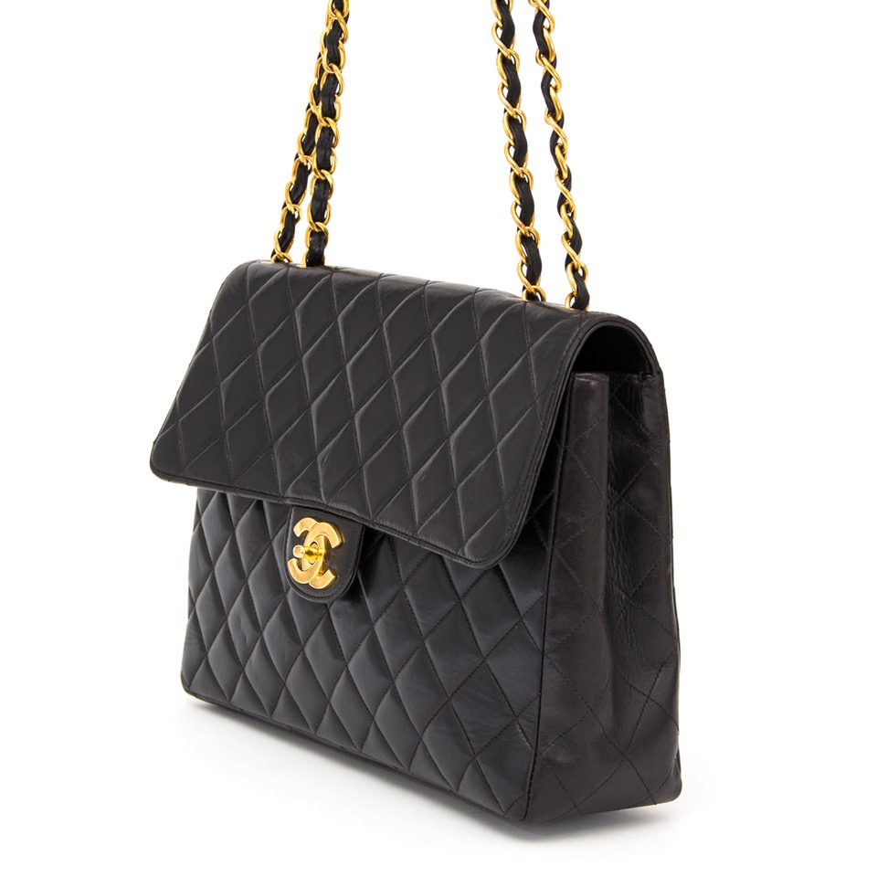 ee46d1244f45 ... worldwide shipping real real Chanel Vintage Classic Flap Bag Black best  price webshop labellov.com
