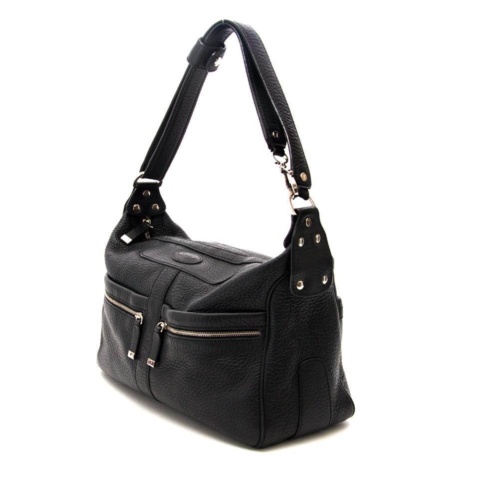 Koop en verkoop uw Tod's Black Shoulder Bag aan de beste prijs bij Labellov