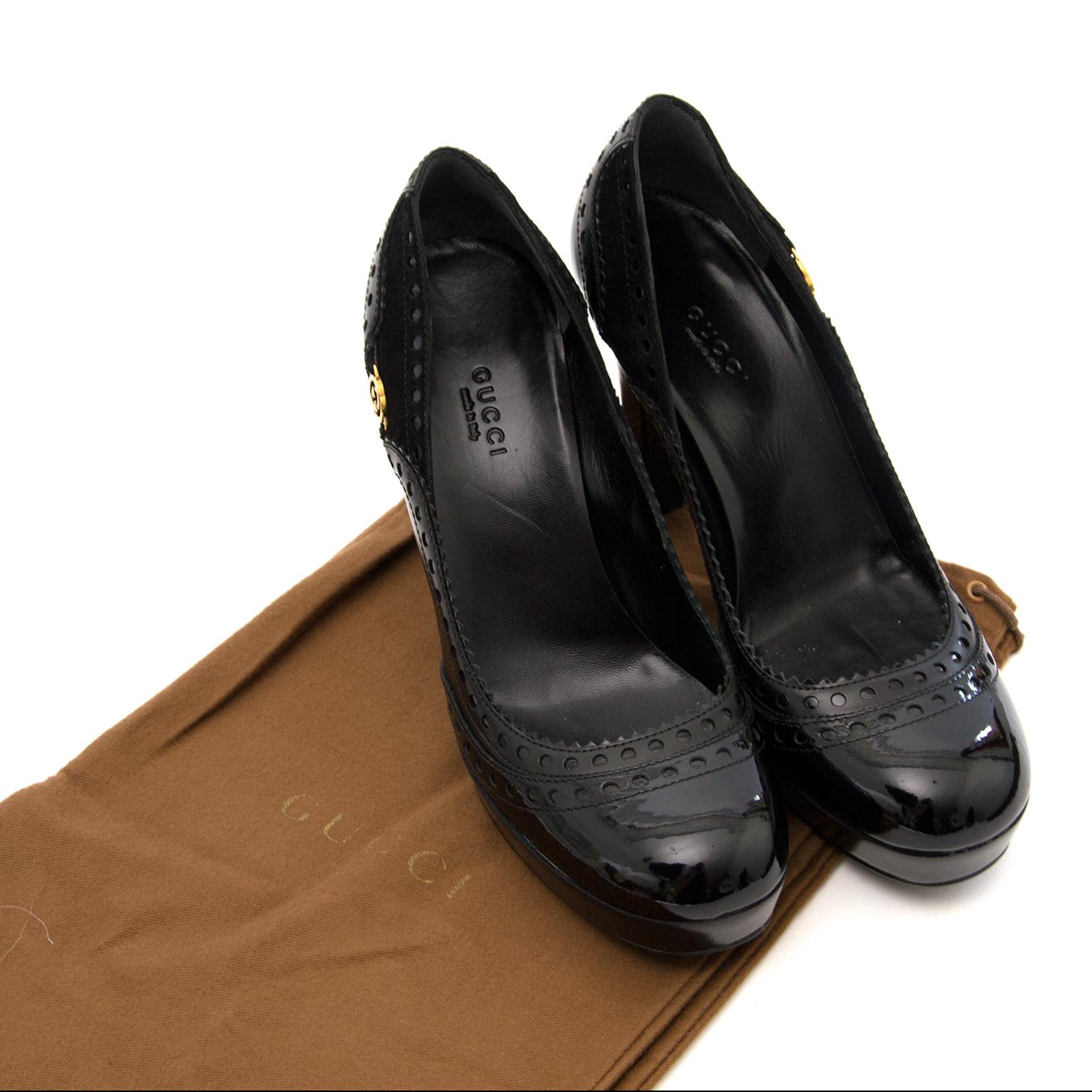 acheter en ligne chez labellov.com pour le meilleur prix gucci black leather pumps