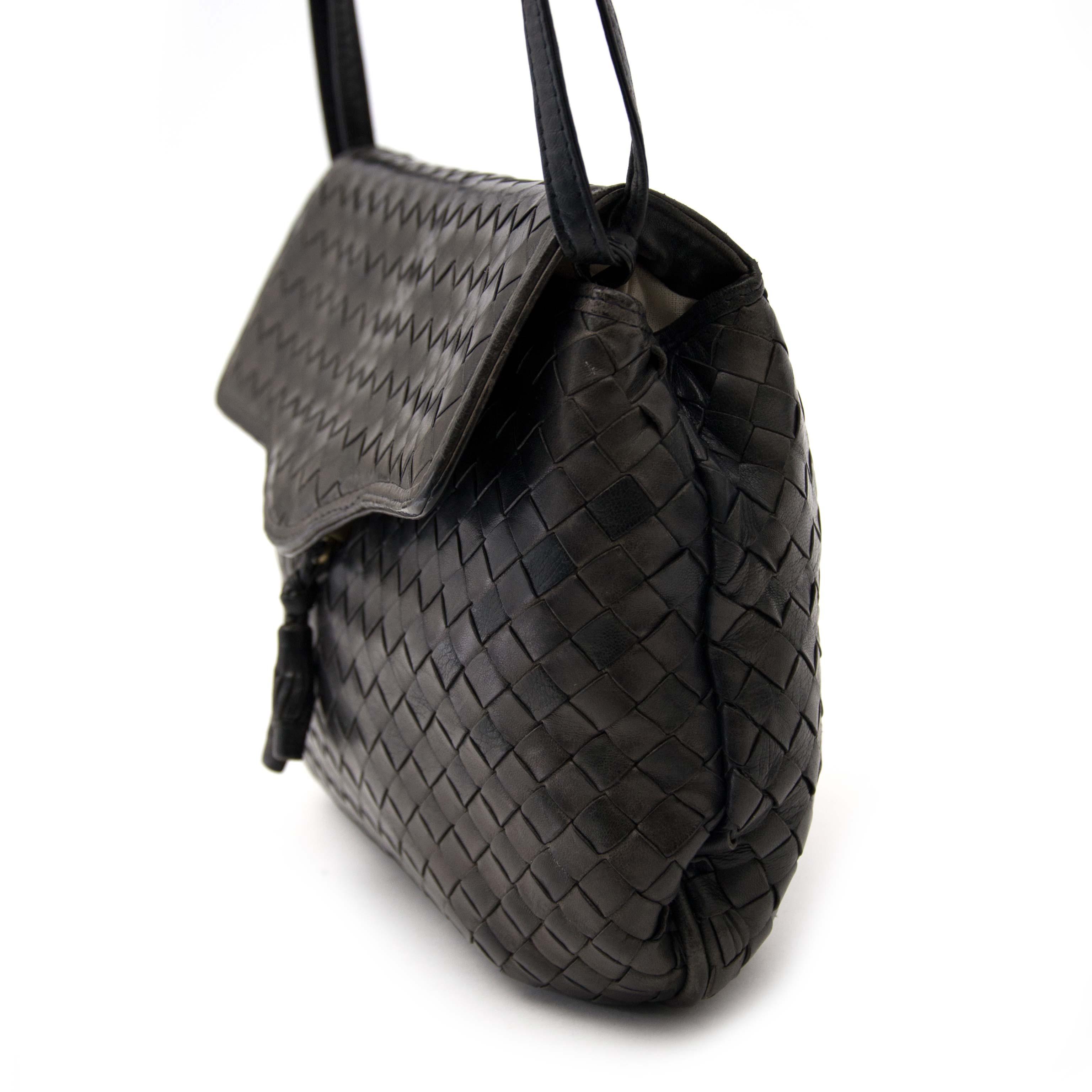 Labellov Buy safe Delvaux designer vintage online. Vind tweedehands ... b2008fbd9d96f