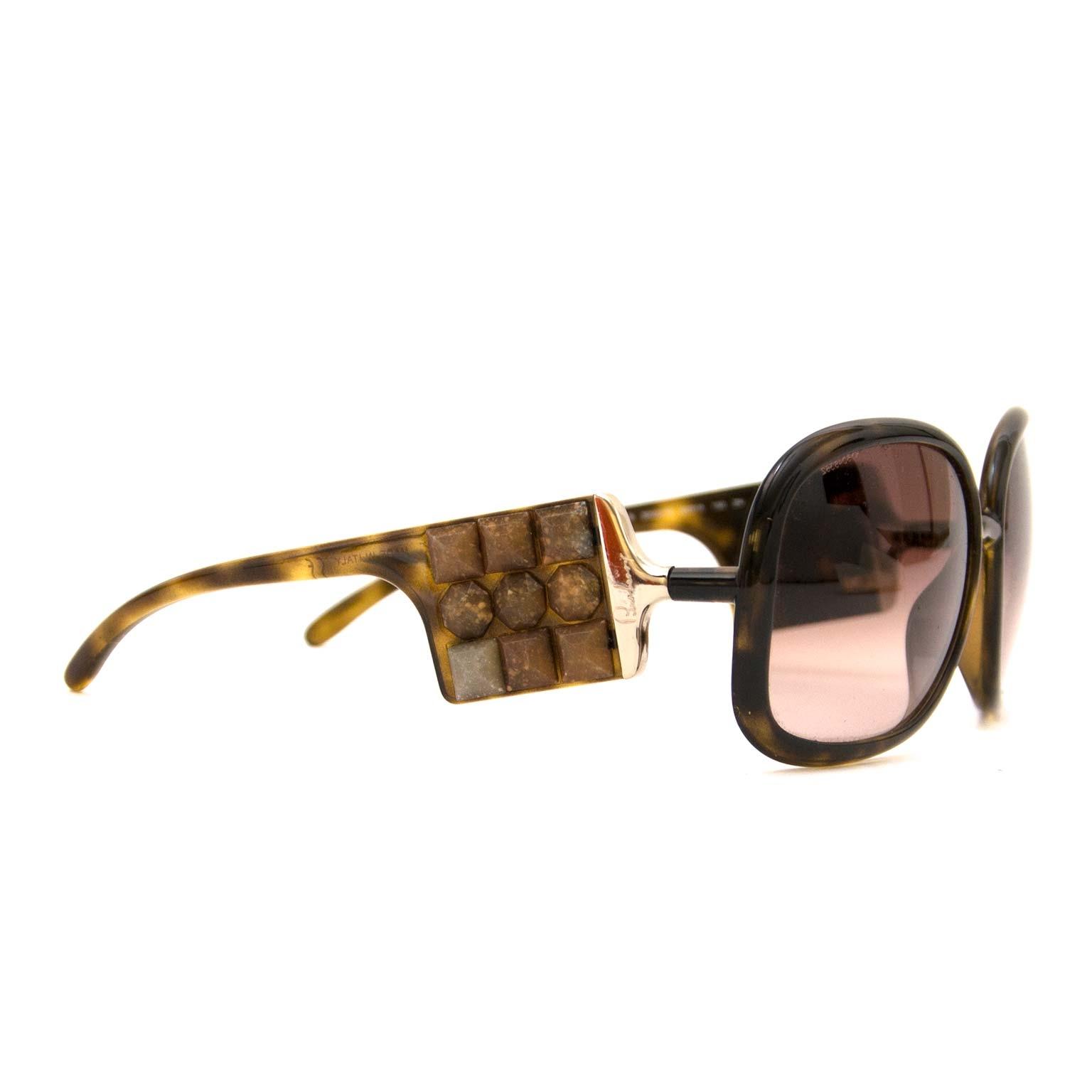 Koop en verkoop uw authentieke Burberry Brown Tortoise Sunglasses aan de beste prijs