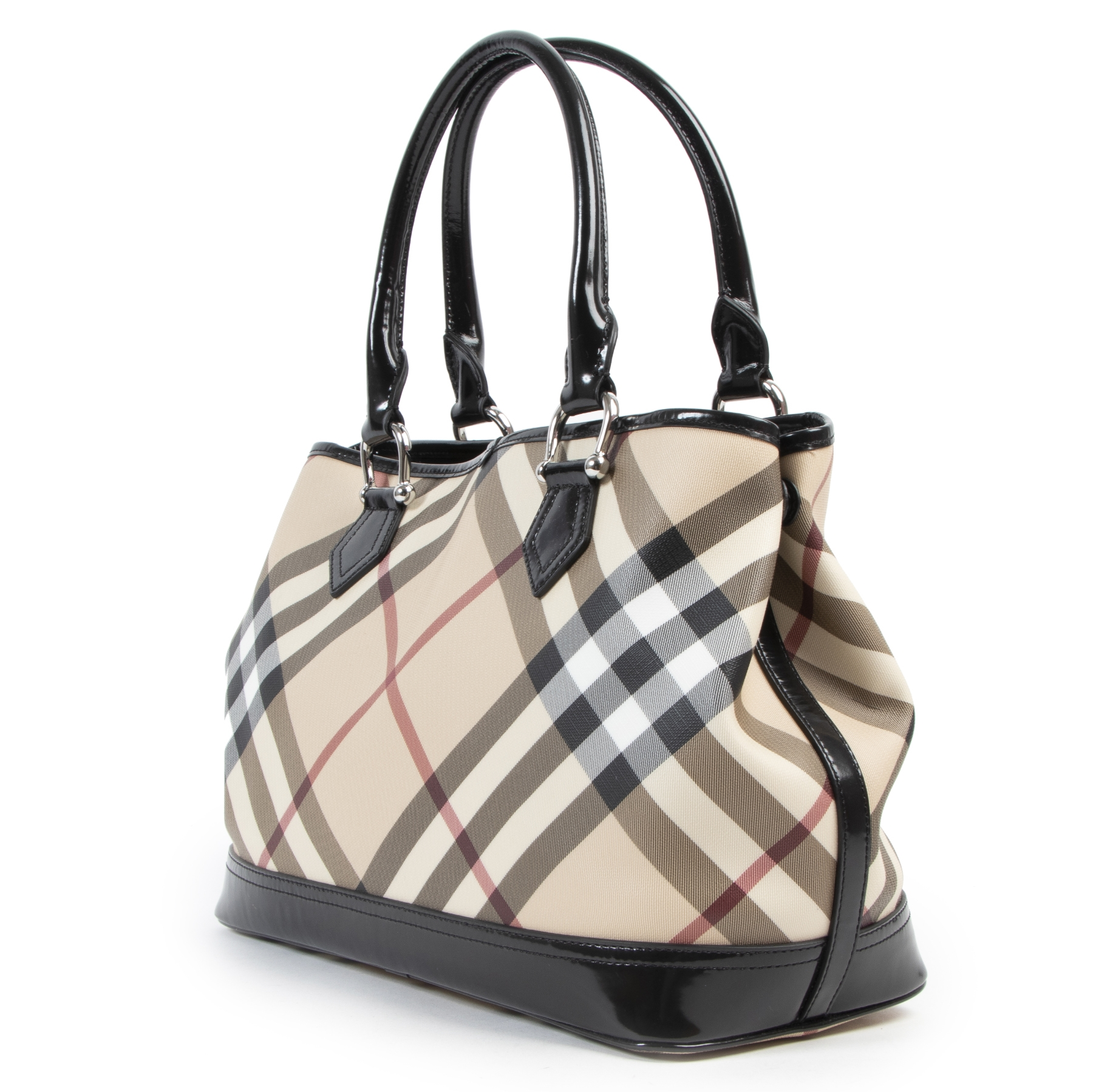 Buy preloved Burberry handbags at LabelLOV Antwerp.