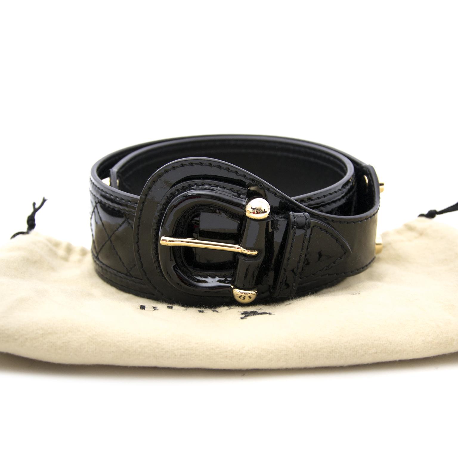 Burburry Zwarte Tailleriem nu online op labellov.com tegen de beste prijs.