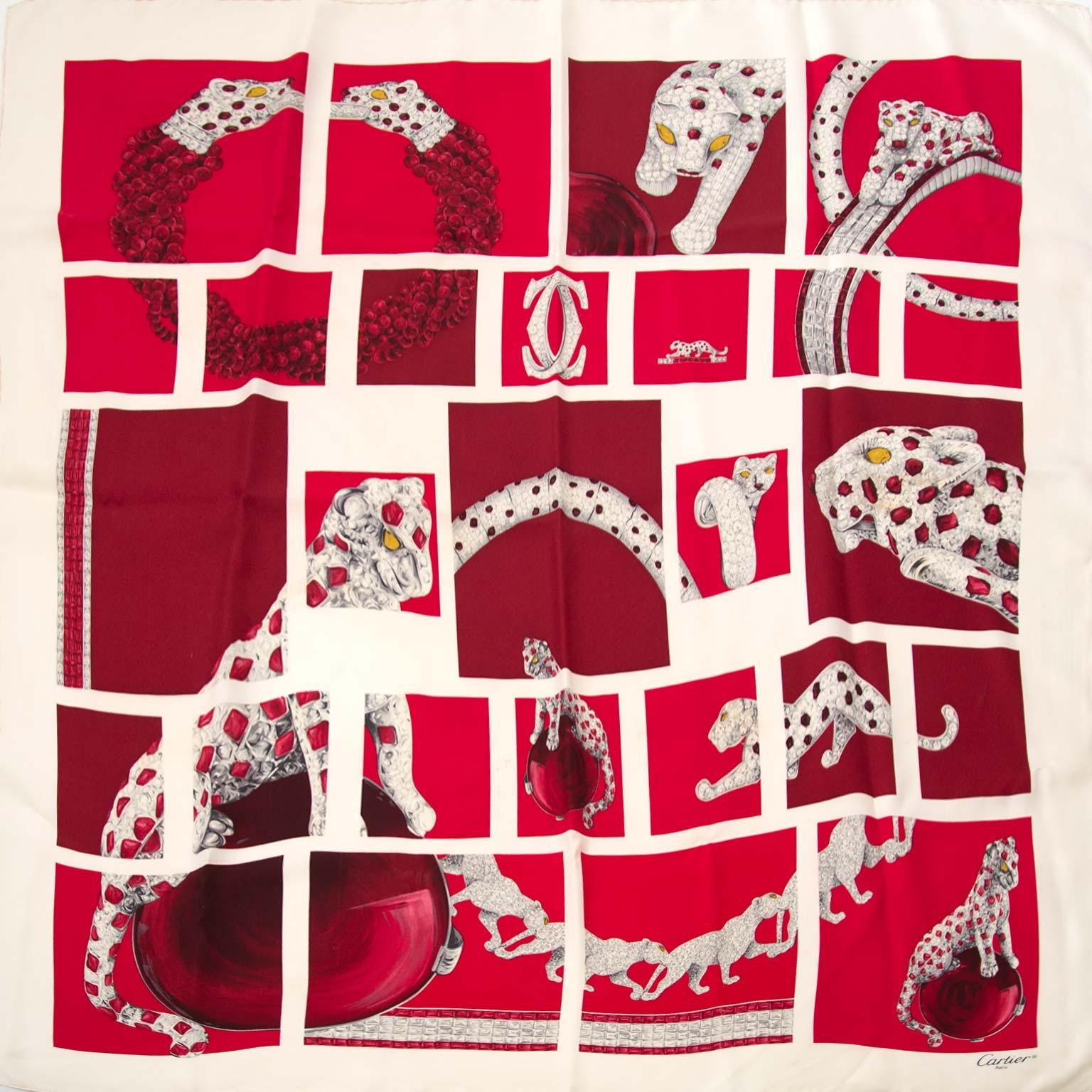 Buy an authentic secondhand Cartier scarf at Labellov. Safe online shopping. Koop een authentiek tweedehands cartier sjaaltje bij Labellov. Veilig online shoppen. Achetez une authentic écharpe de Cartier chez Labellov. Achats en ligne en toute securité.